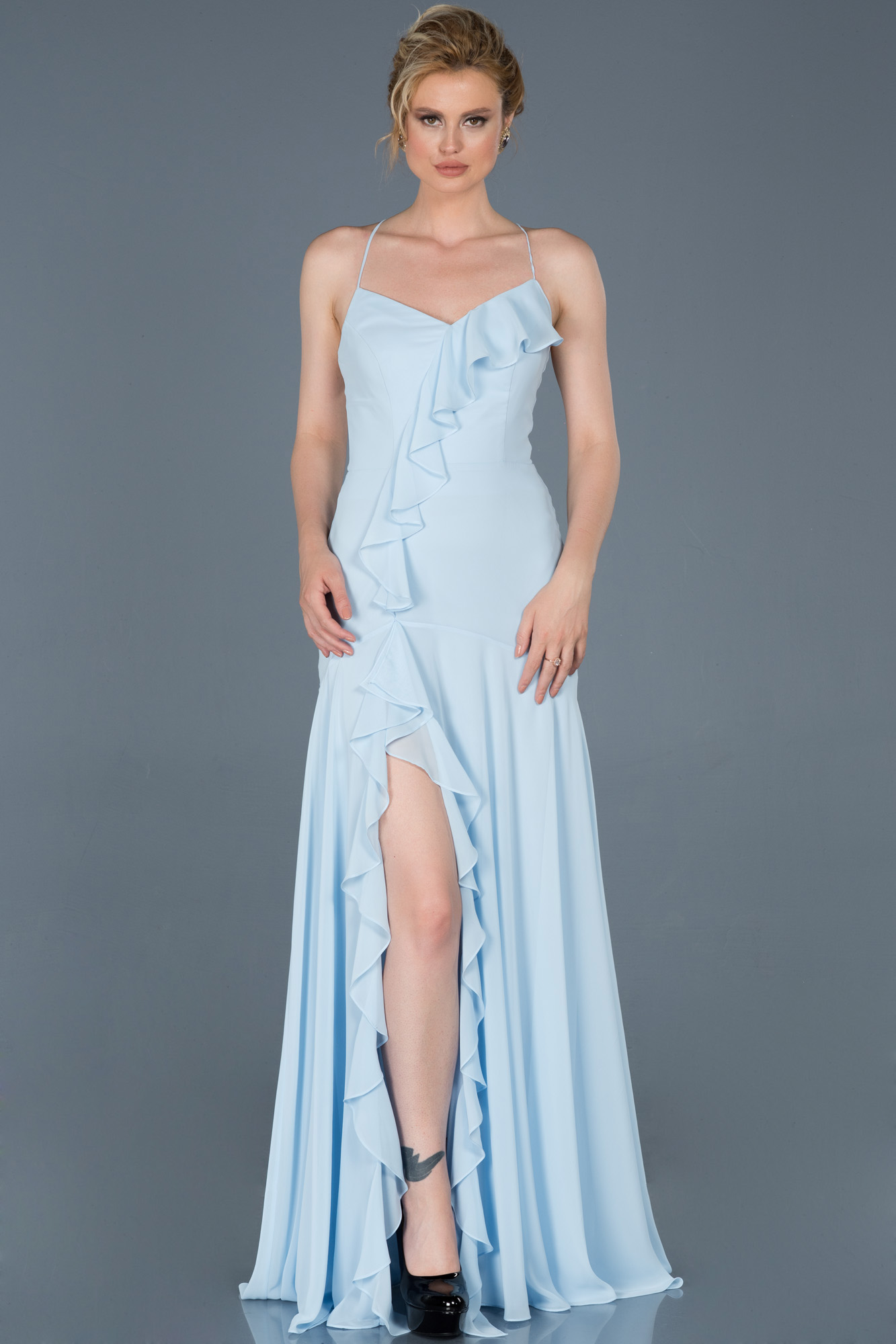 Buz Mavisi Uzun Bacak Dekolteli Mezuniyet Elbisesi