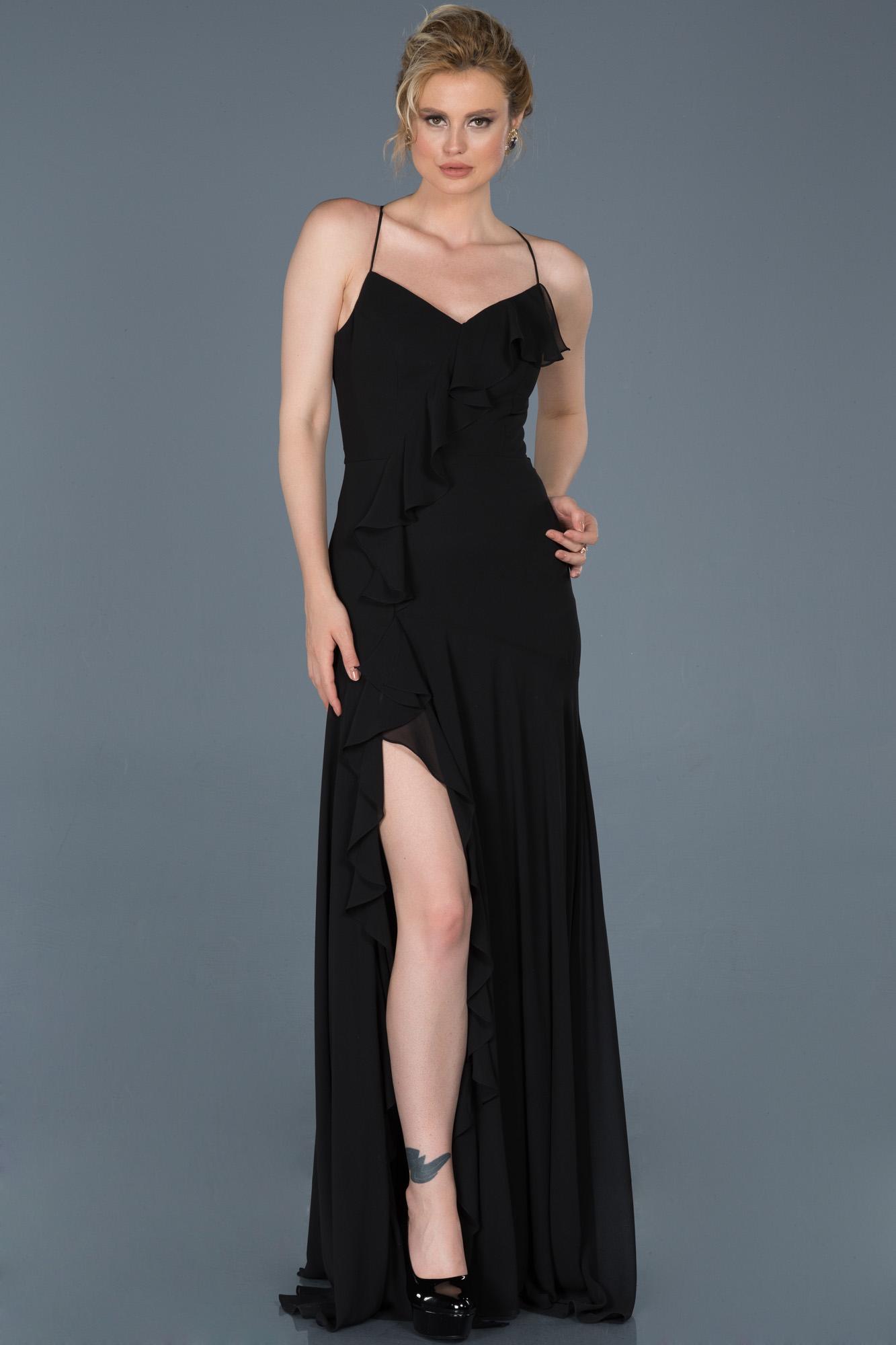 Siyah Uzun Bacak Dekolteli Mezuniyet Elbisesi