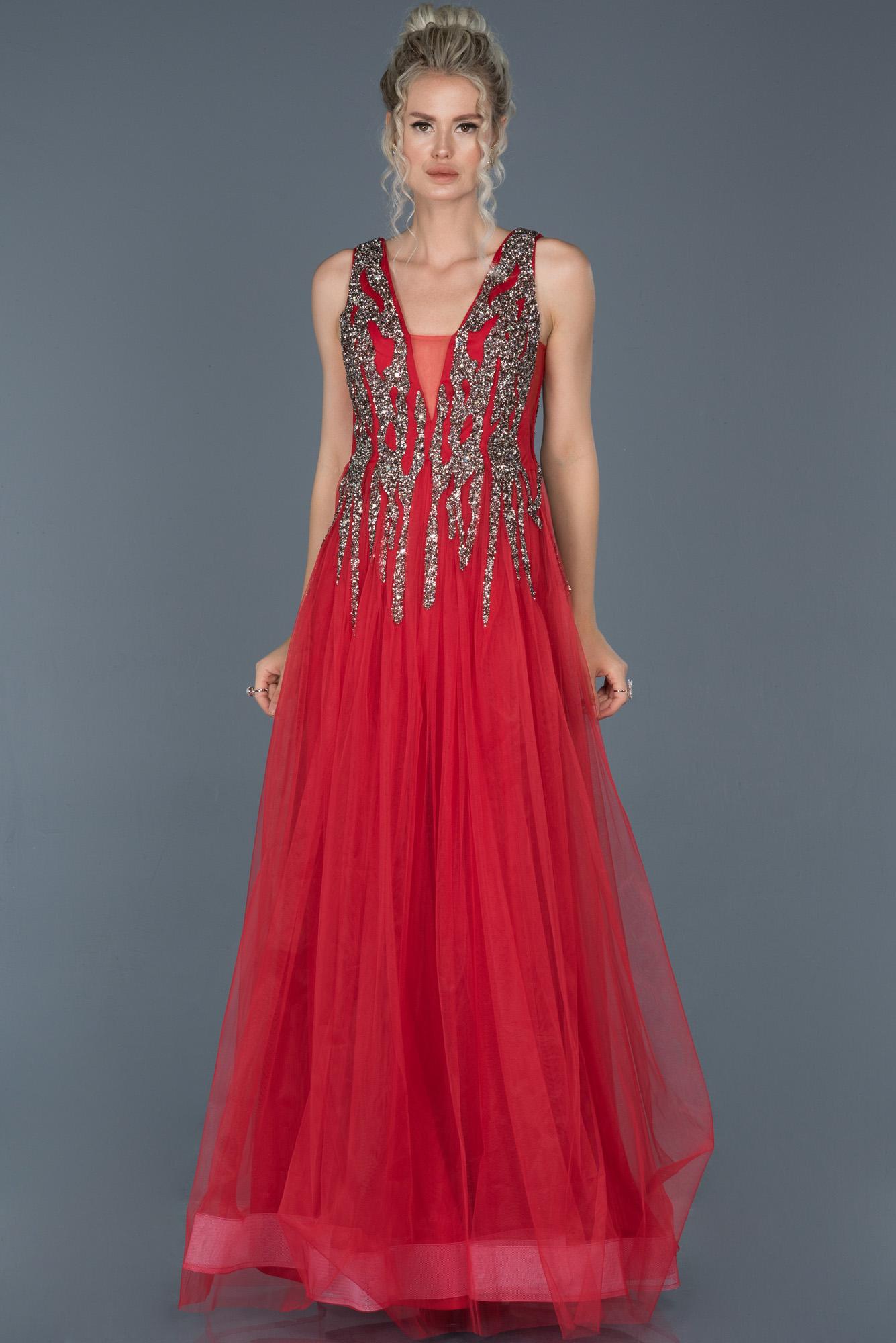 Kırmızı Uzun Taş Işlemeli Abiye Elbise
