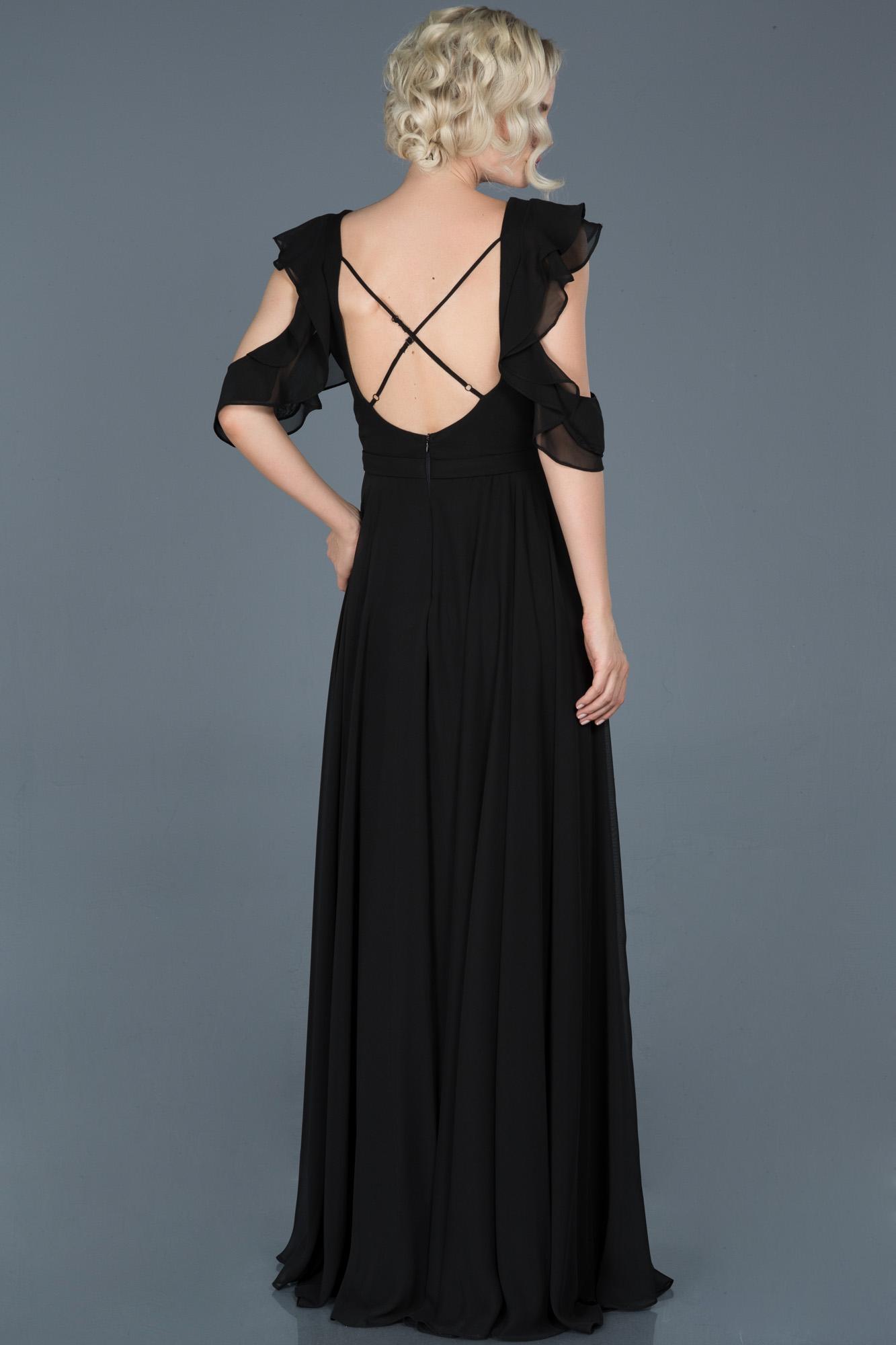 Siyah Uzun Sırt Dekolteli Mezuniyet Elbisesi