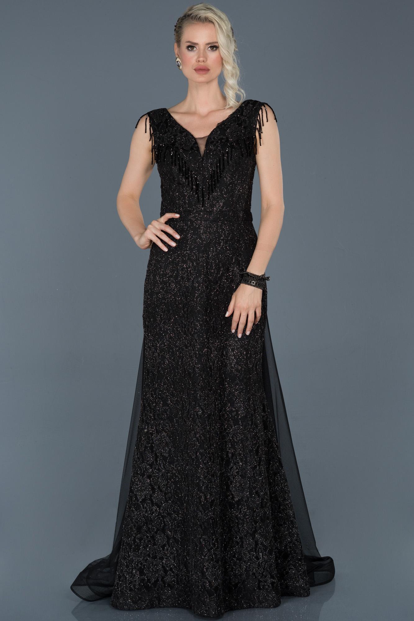Siyah Uzun Güpürlü Tül Detaylı Abiye Elbise