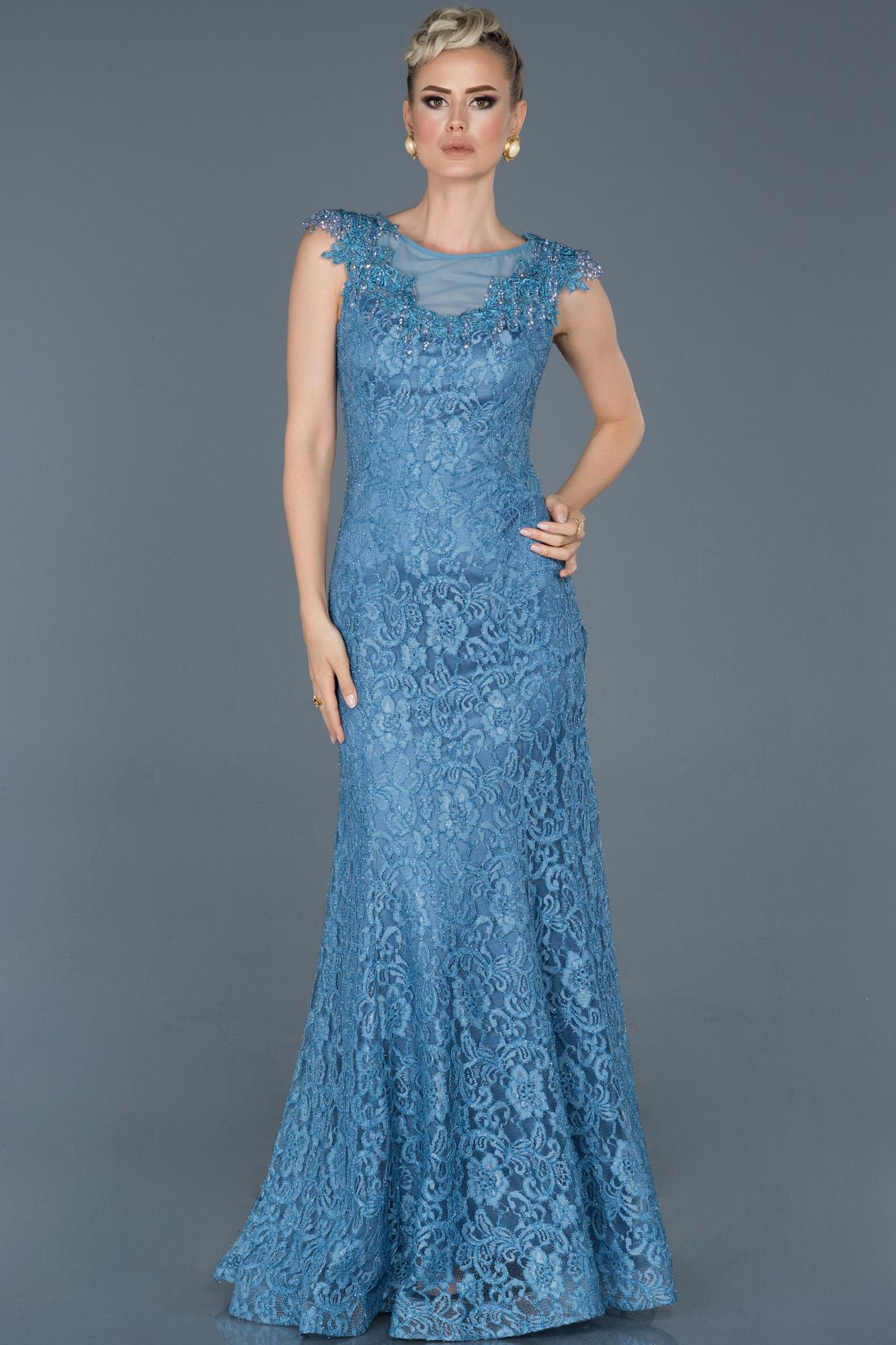 Indigo Uzun Güpürlü Taş Işlemeli Nişan Elbisesi