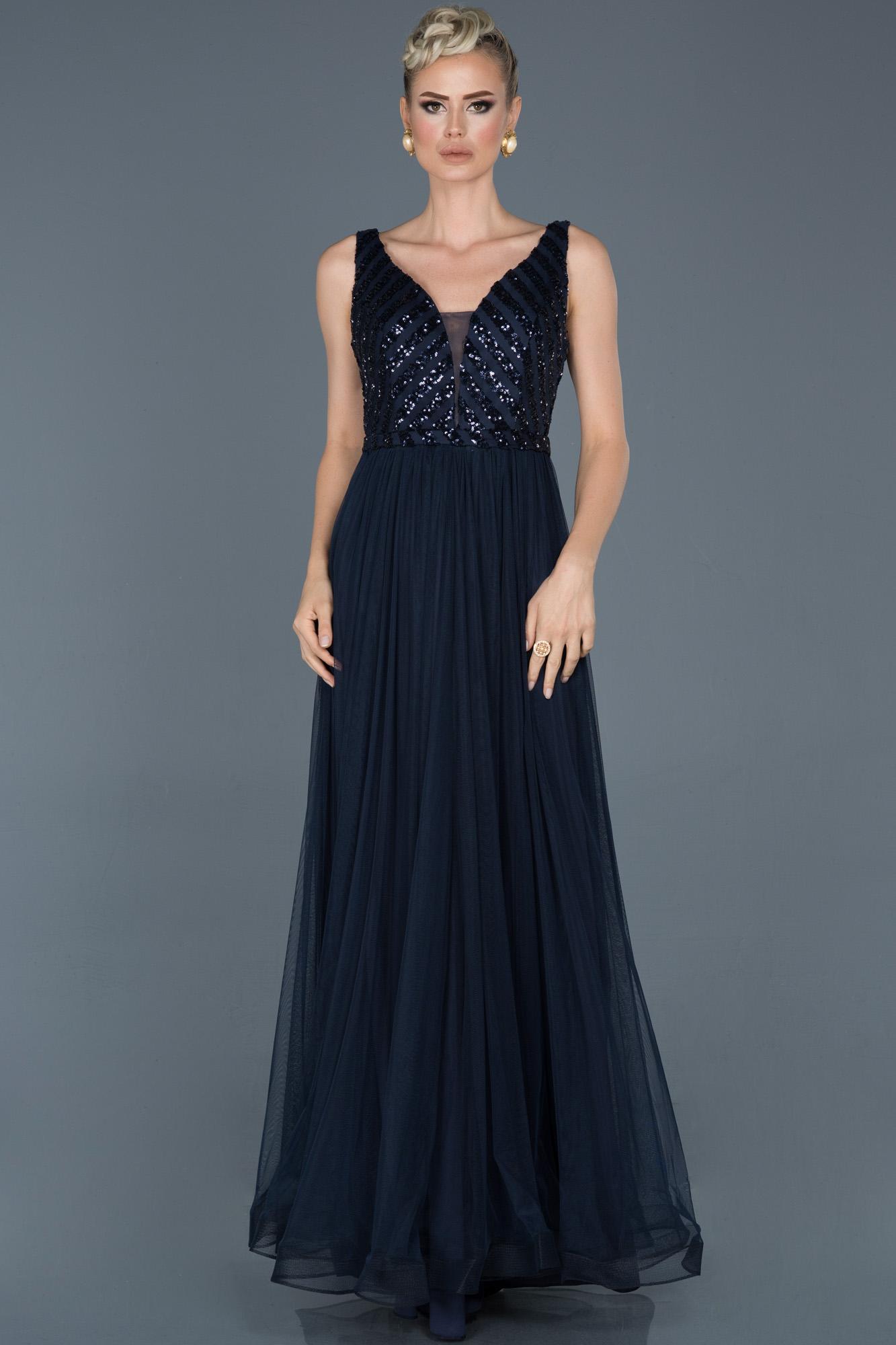 Lacivert Uzun Payetli Nişan Elbisesi