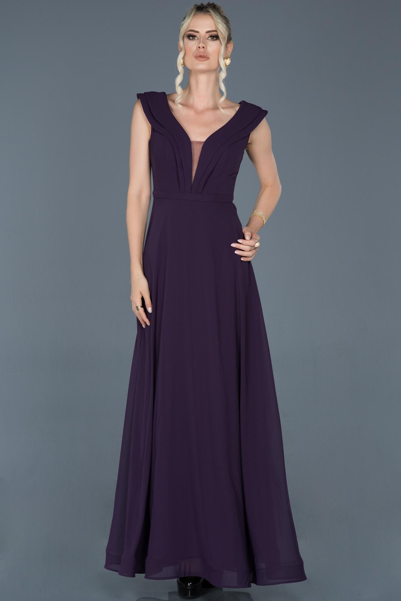 Koyu Mor Uzun Yaka Detaylı Nişan Elbisesi