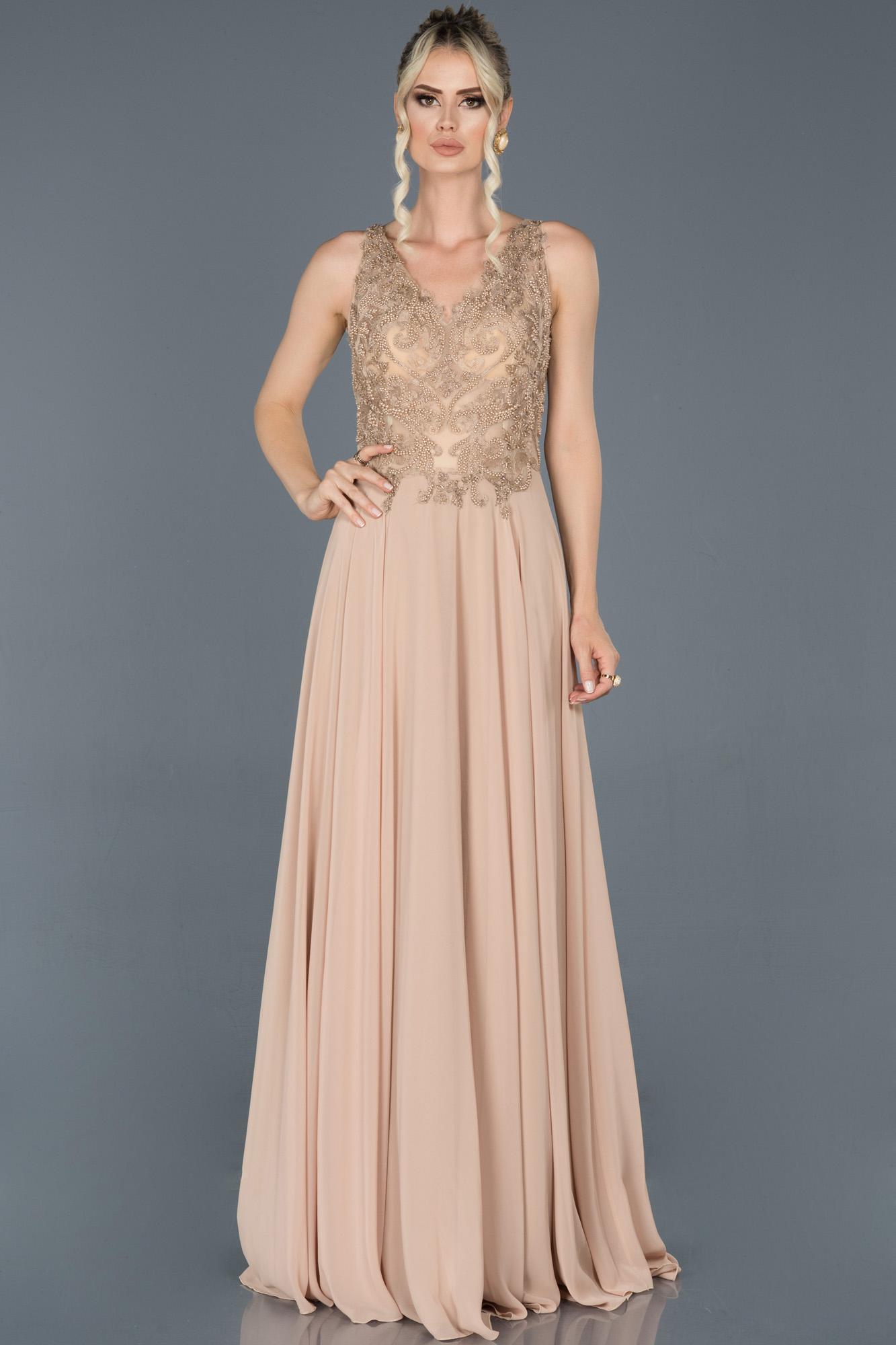 Vizon Uzun Sırt Dekolteli Taşlı Nişan Elbisesi