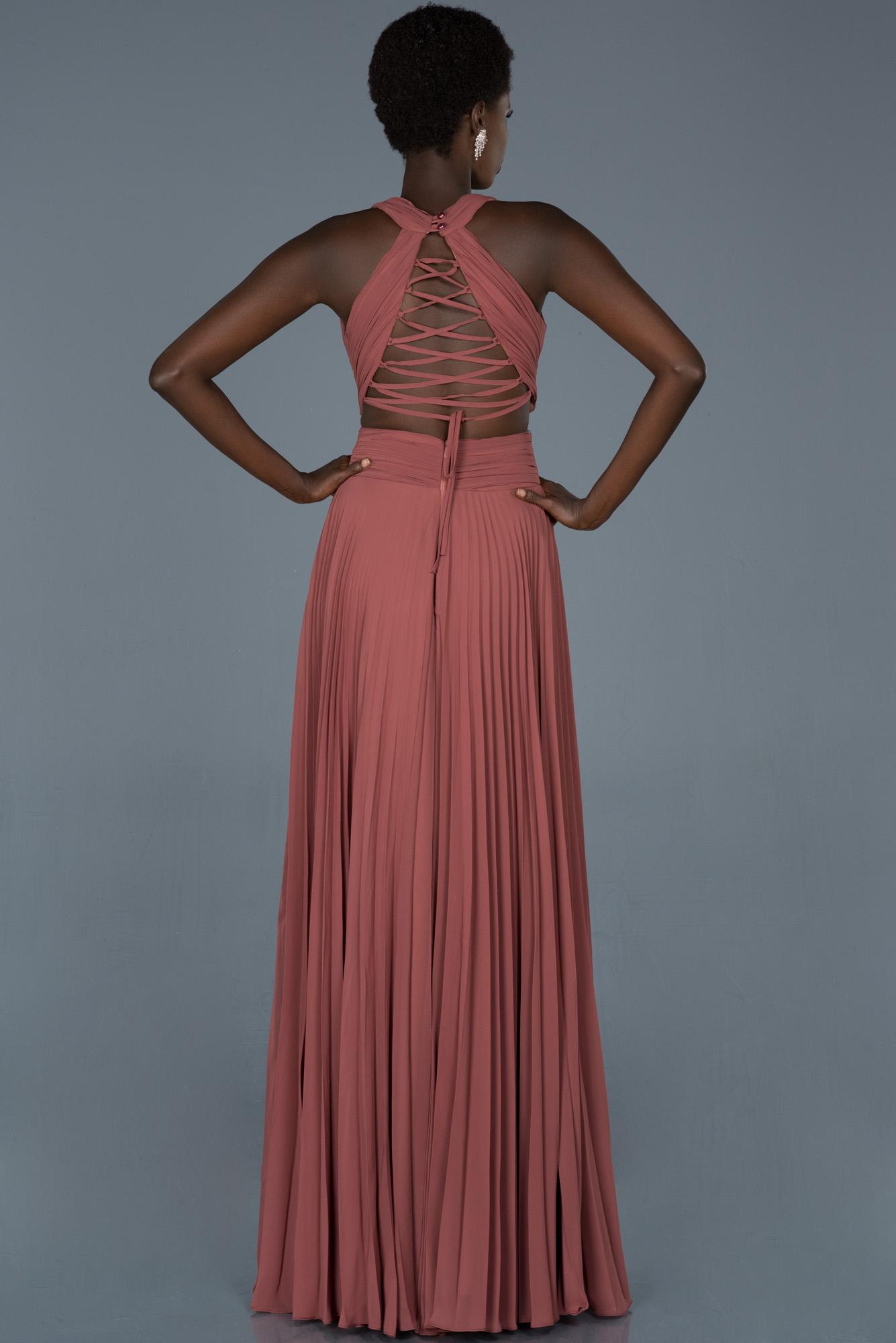 Tarçın Uzun Sırt Dekolteli Mezuniyet Elbisesi