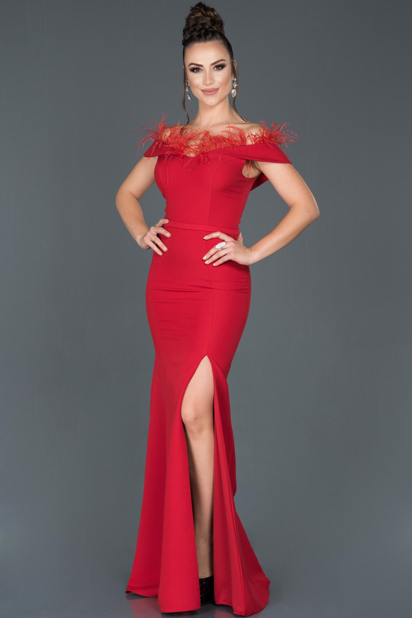 Kırmızı Uzun Bacak Dekolteli Otrişli Balık Abiye Elbise