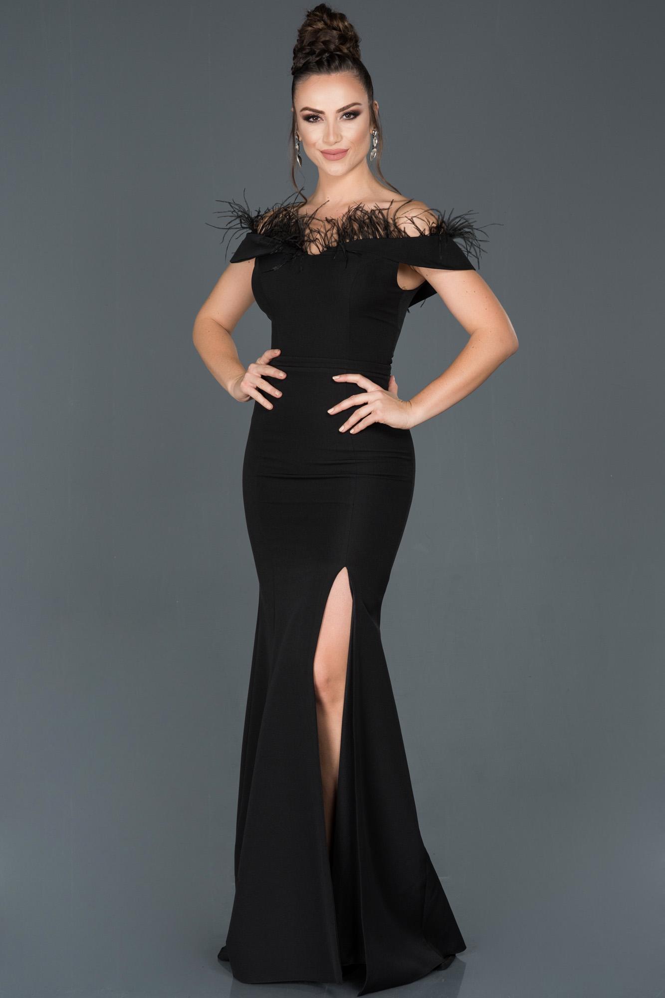 Siyah Uzun Bacak Dekolteli Otrişli Balık Abiye Elbise