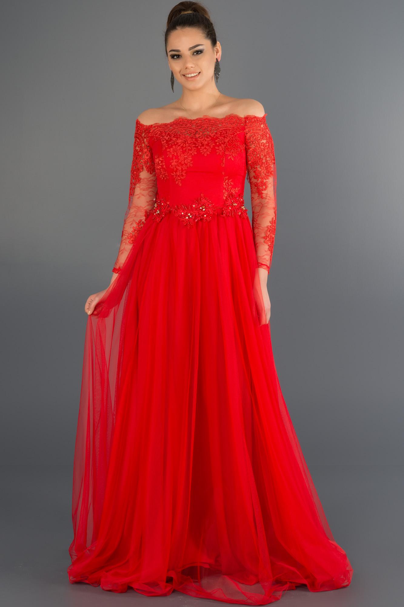 Kırmızı Dantelli Uzun Kollu Abiye Elbise