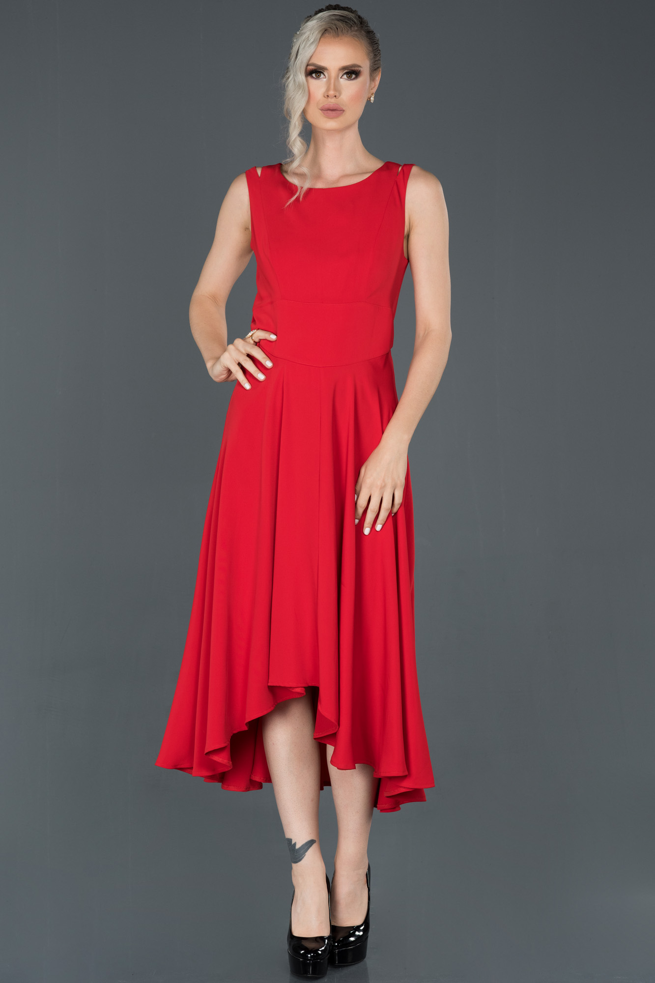 Kırmızı Uzun Kolsuz Abiye Elbise