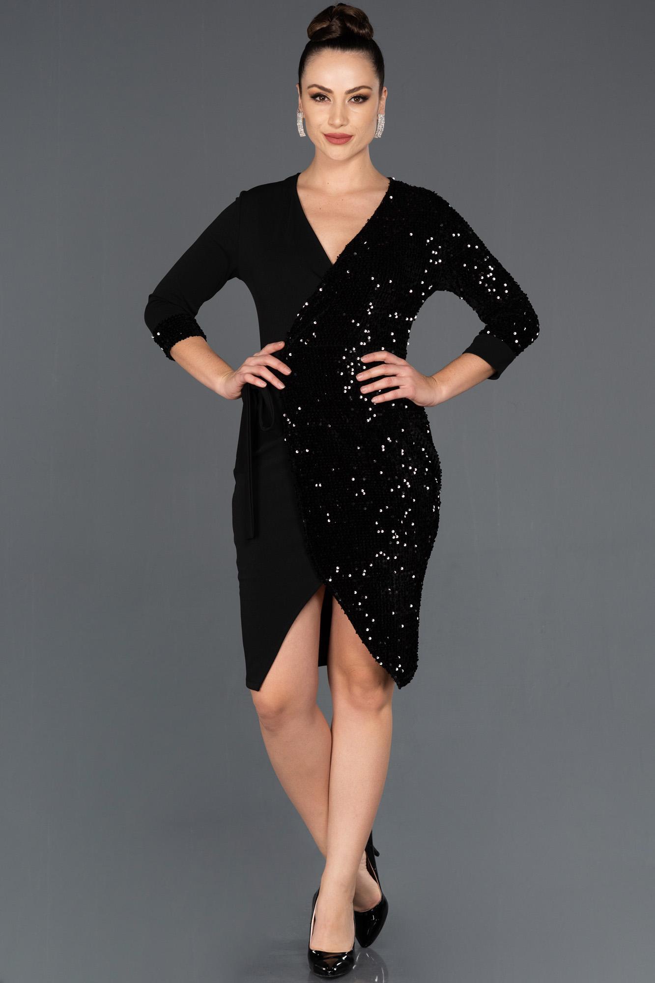 Siyah-Siyah Kruvaze Yaka Davet Elbisesi