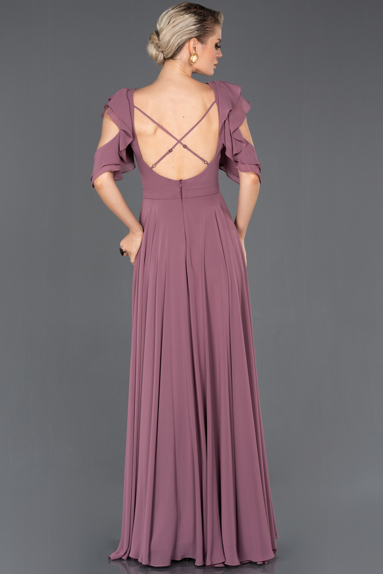 Lavanta Uzun Sırt Dekolteli Mezuniyet Elbisesi