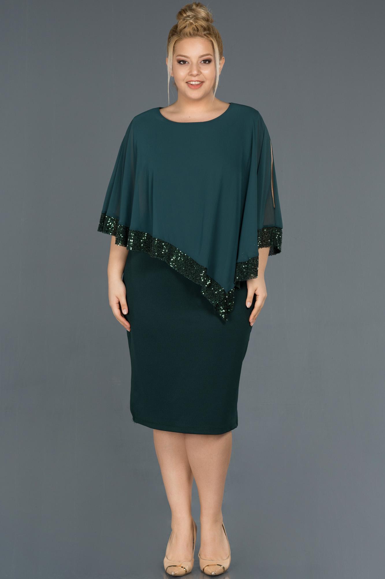 Zümrüt Yeşili Kısa Panço Detaylı Büyük Beden Elbise