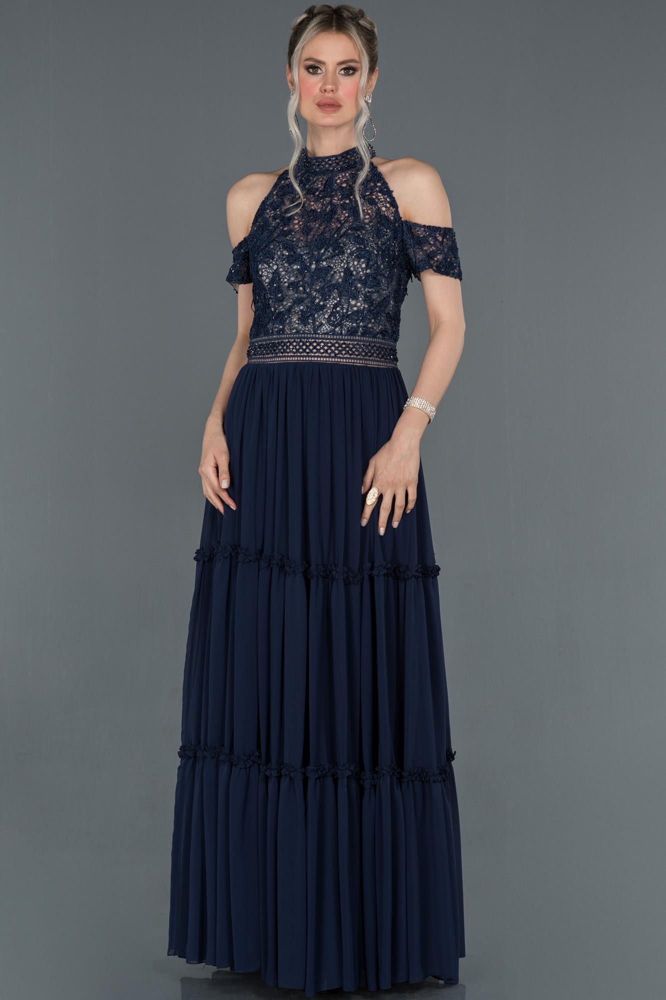 Lacivert Işleme Detaylı Özel Tasarım Şifon Abiye Elbise