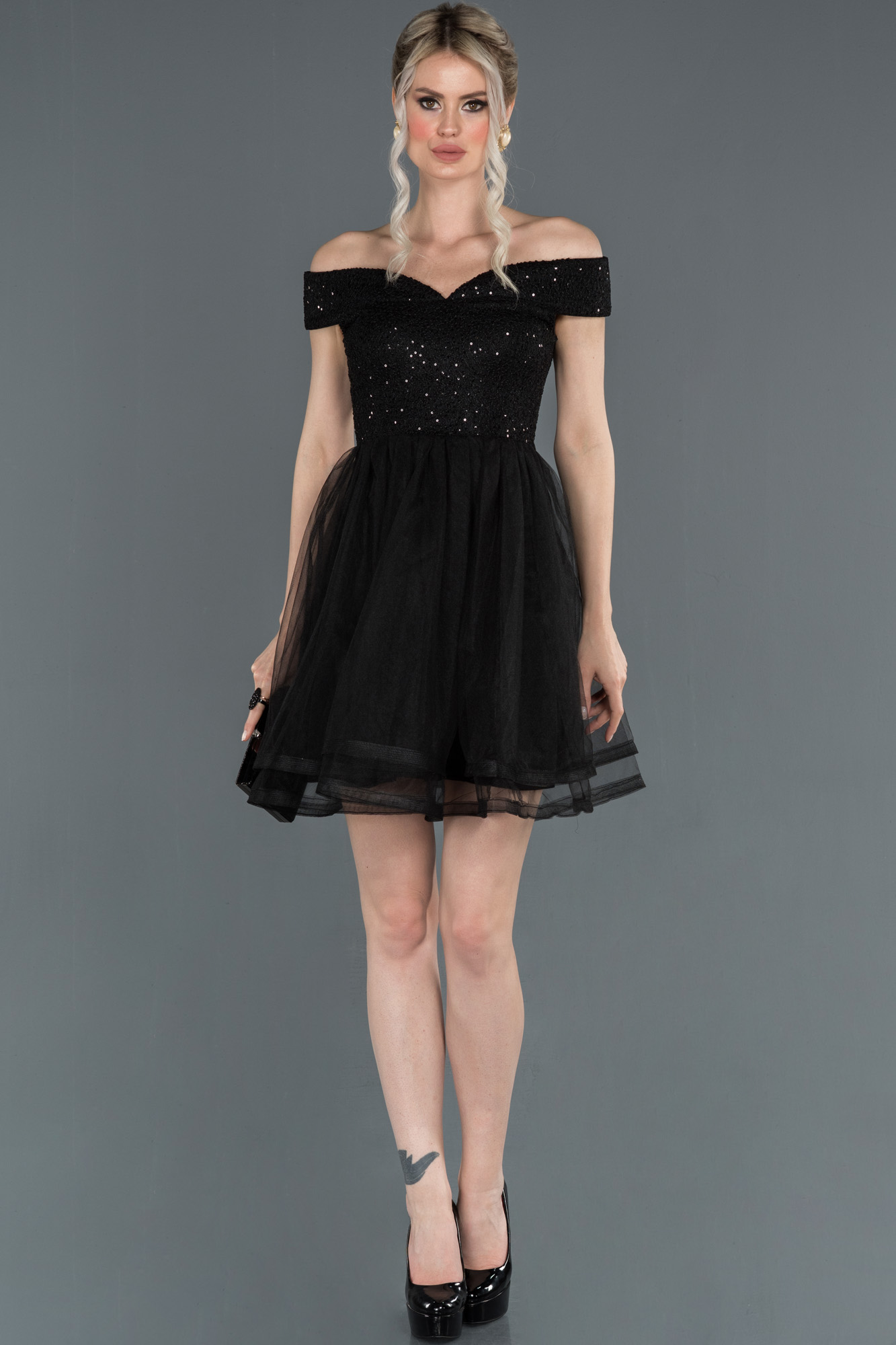 Siyah Kayık Yaka Mezuniyet Elbisesi