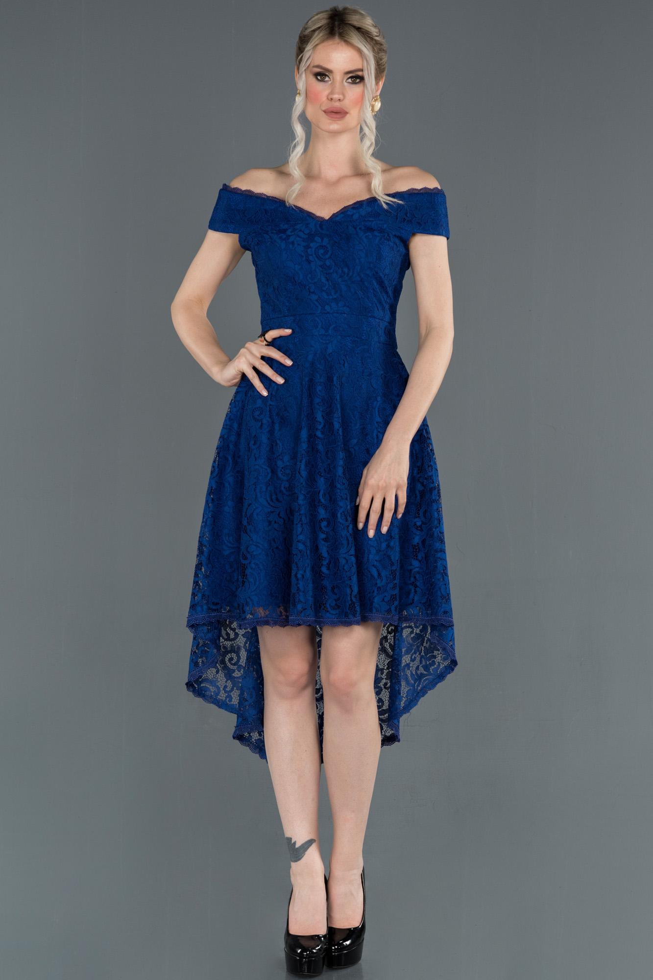 Saks Mavi Önü Kısa Arkası Uzun Kayık Yaka Mezuniyet Elbisesi