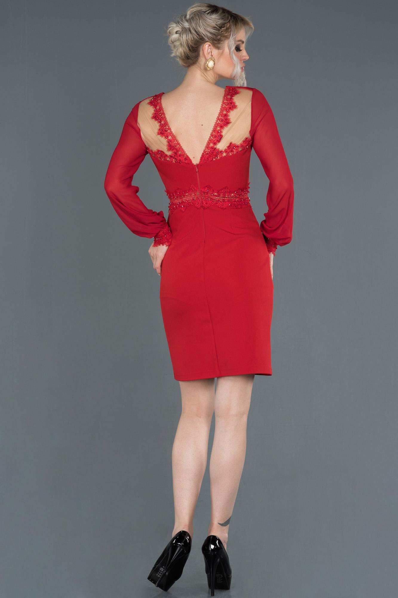 Kırmızı Uzun Kollu Kruvaze Yaka Davet Elbisesi