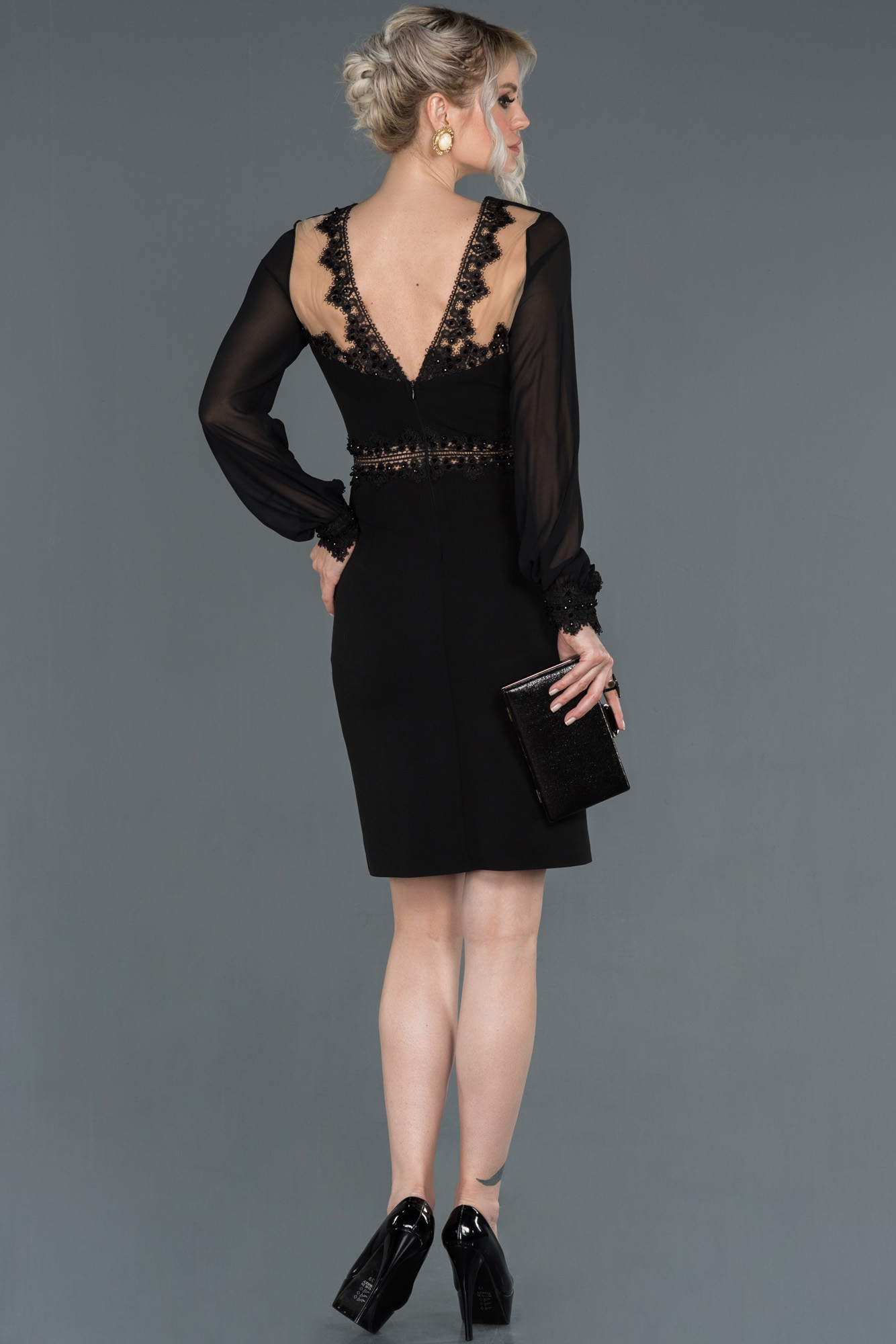 Siyah Uzun Kollu Kruvaze Yaka Davet Elbisesi