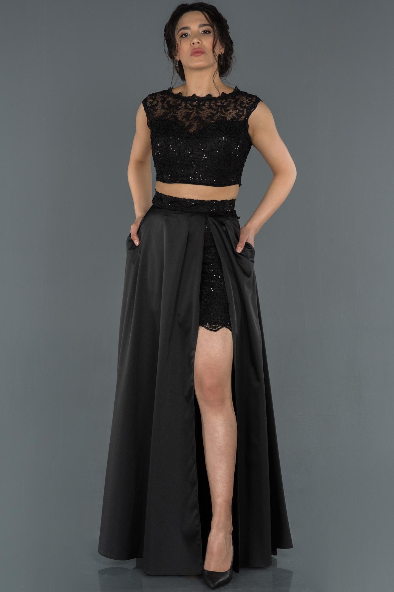 Siyah Bacak Dekolteli Güpürlü Saten Abiye Elbise