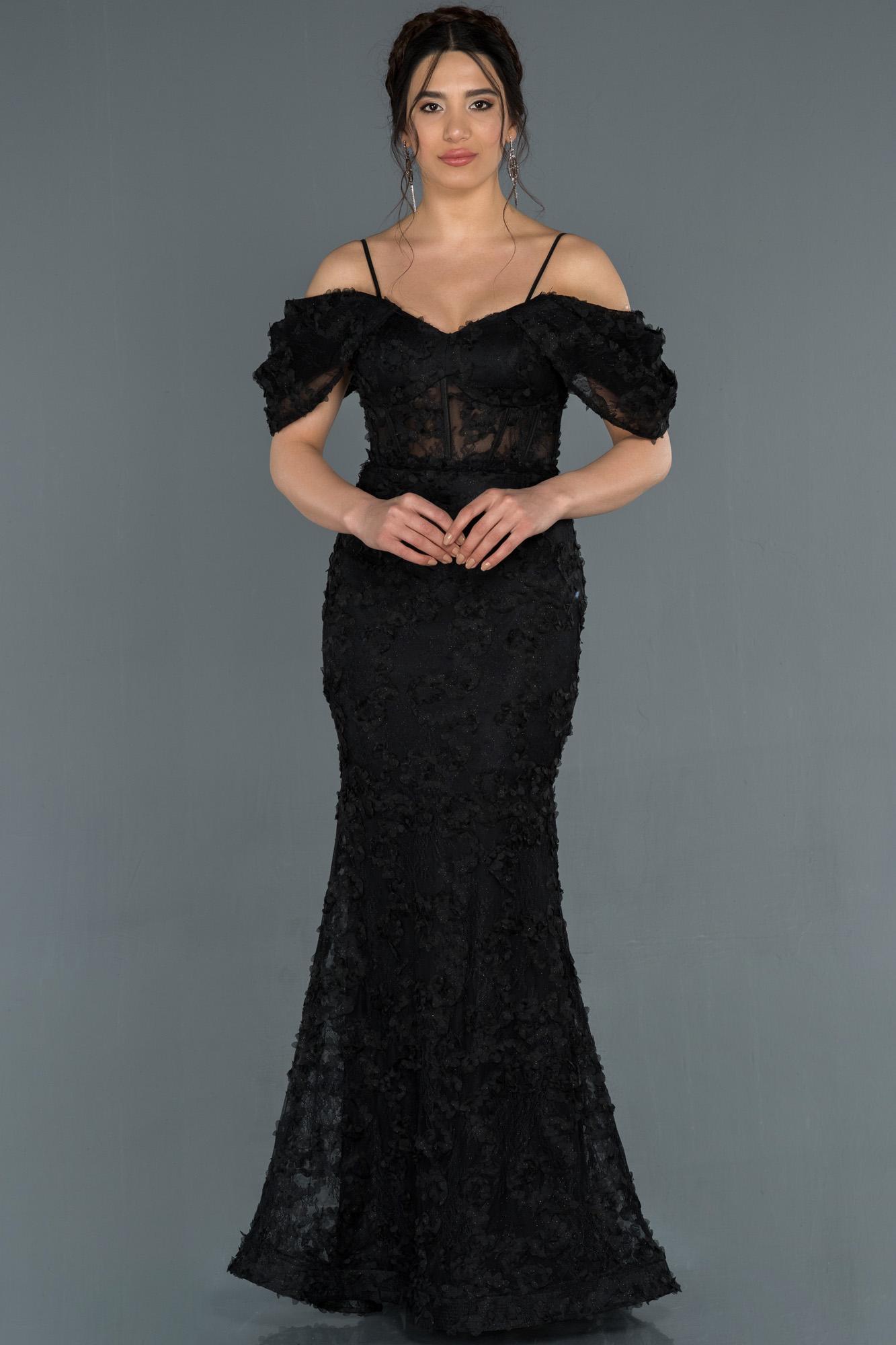 Siyah Kol Detaylı Balık Abiye Elbise