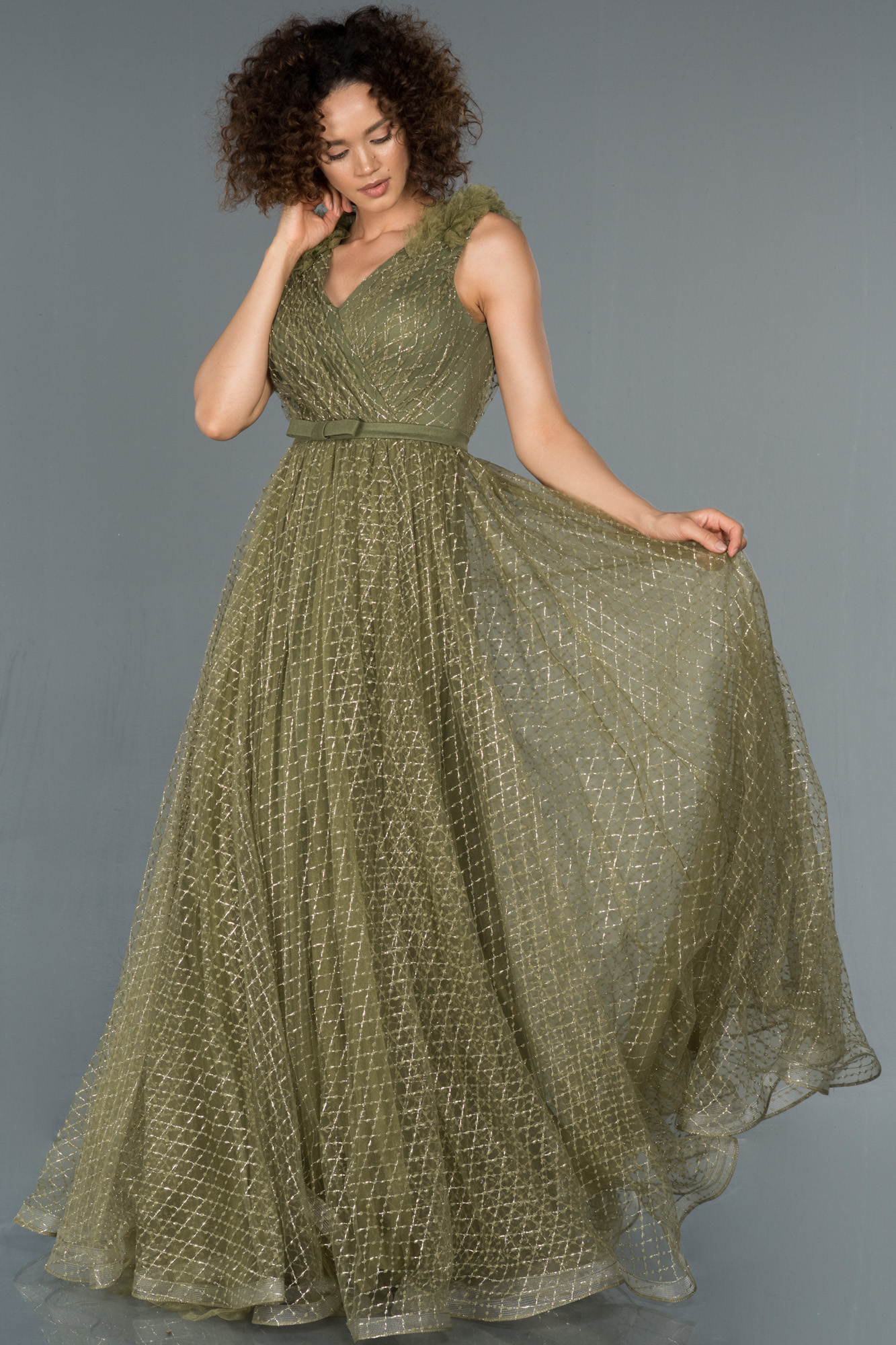 Haki V Yaka Sim Detaylı Prenses Abiye Elbise