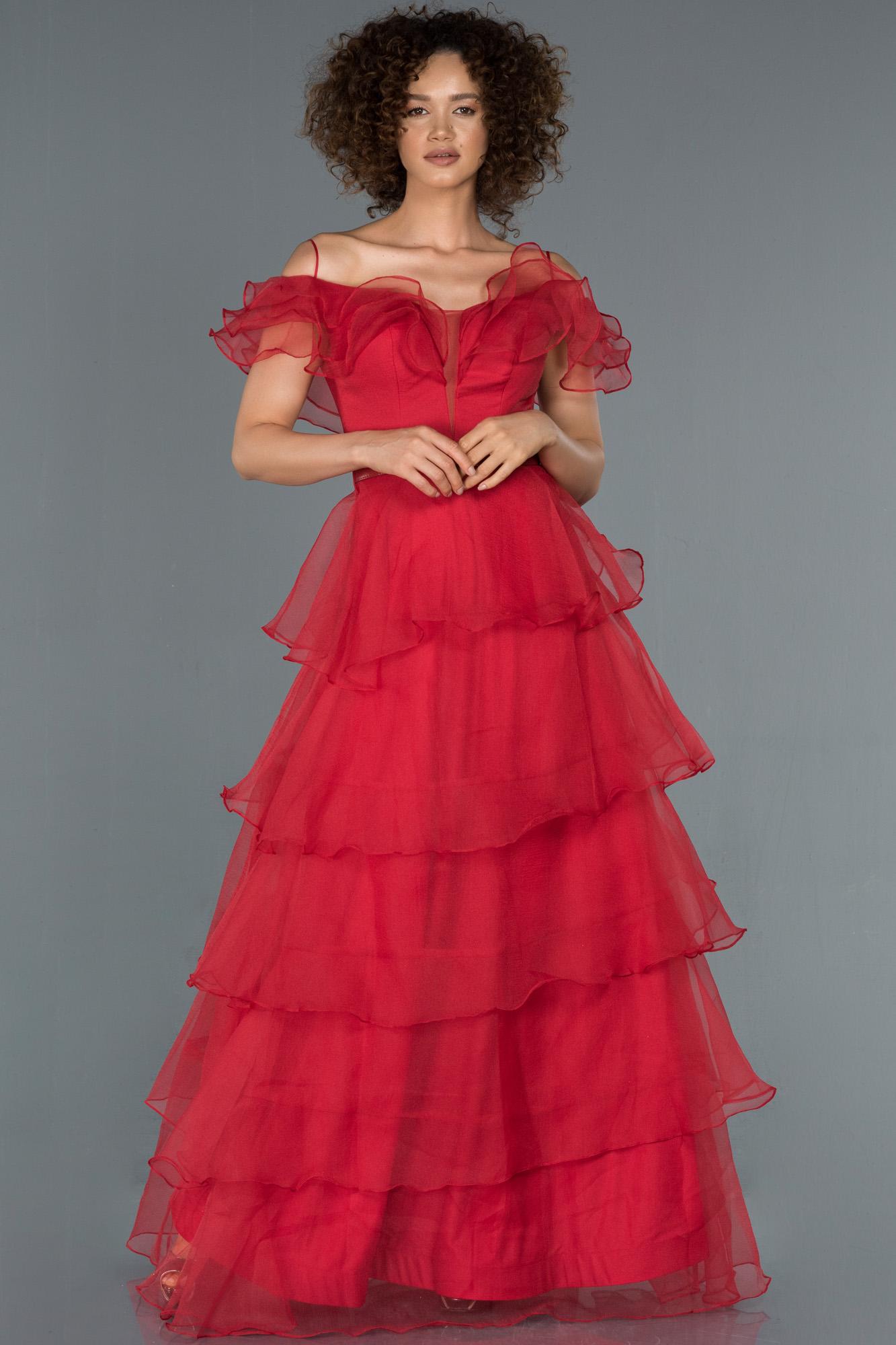 Kırmızı Etekleri Katlı Kemer Detaylı Abiye Elbise
