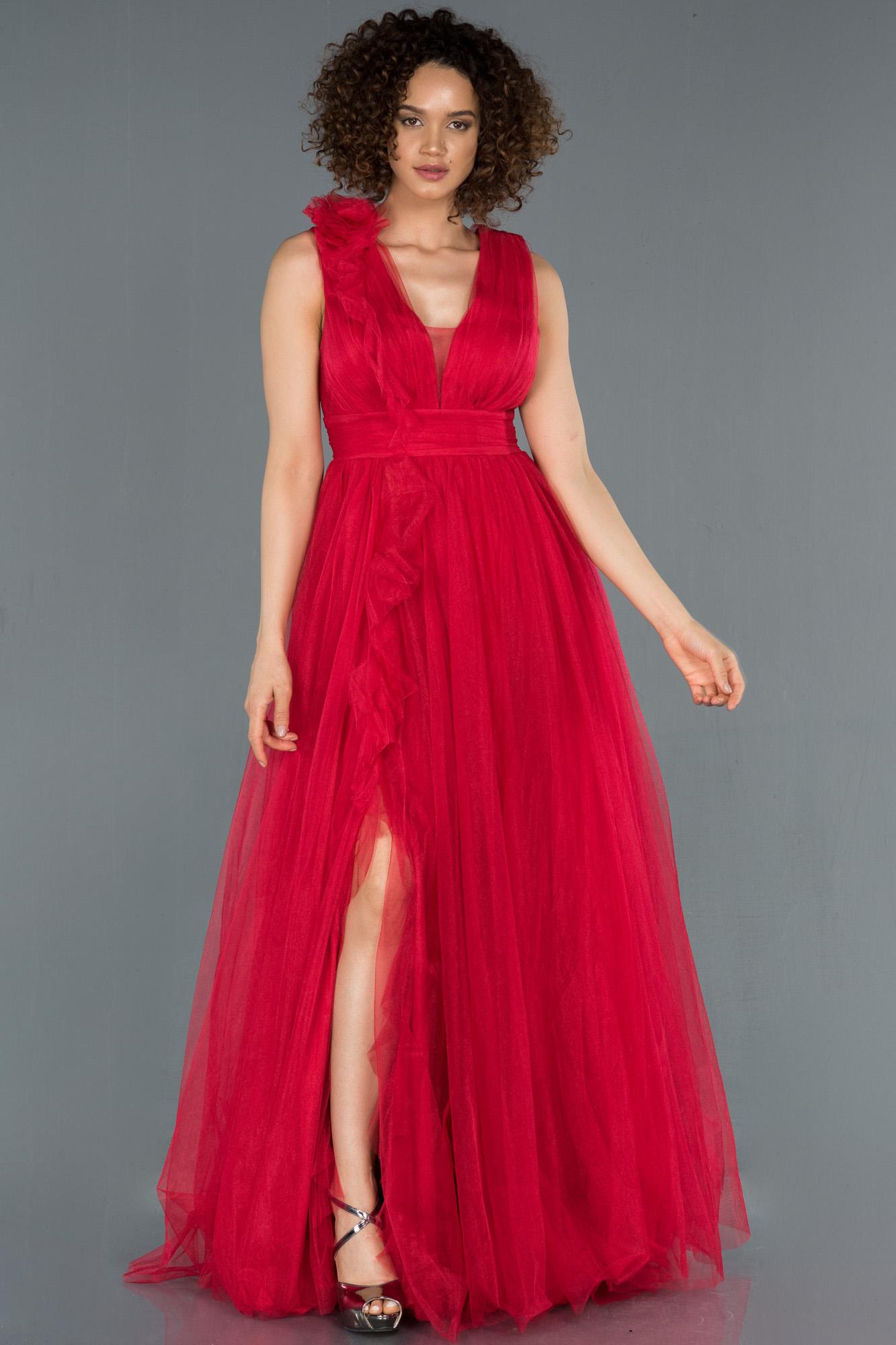 Kırmızı Bacak Dekolteli Tül Abiye Elbise