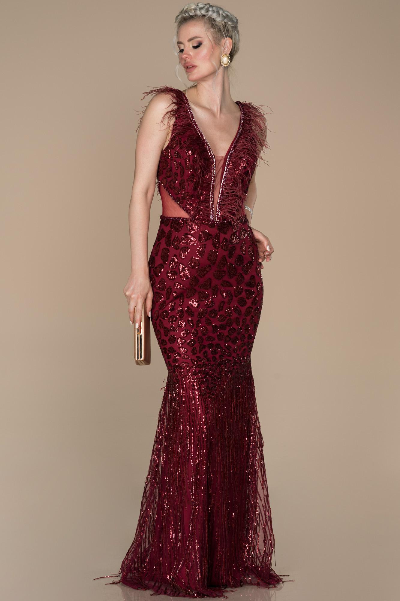 Bordo Otriş Detaylı Nişan Elbisesi
