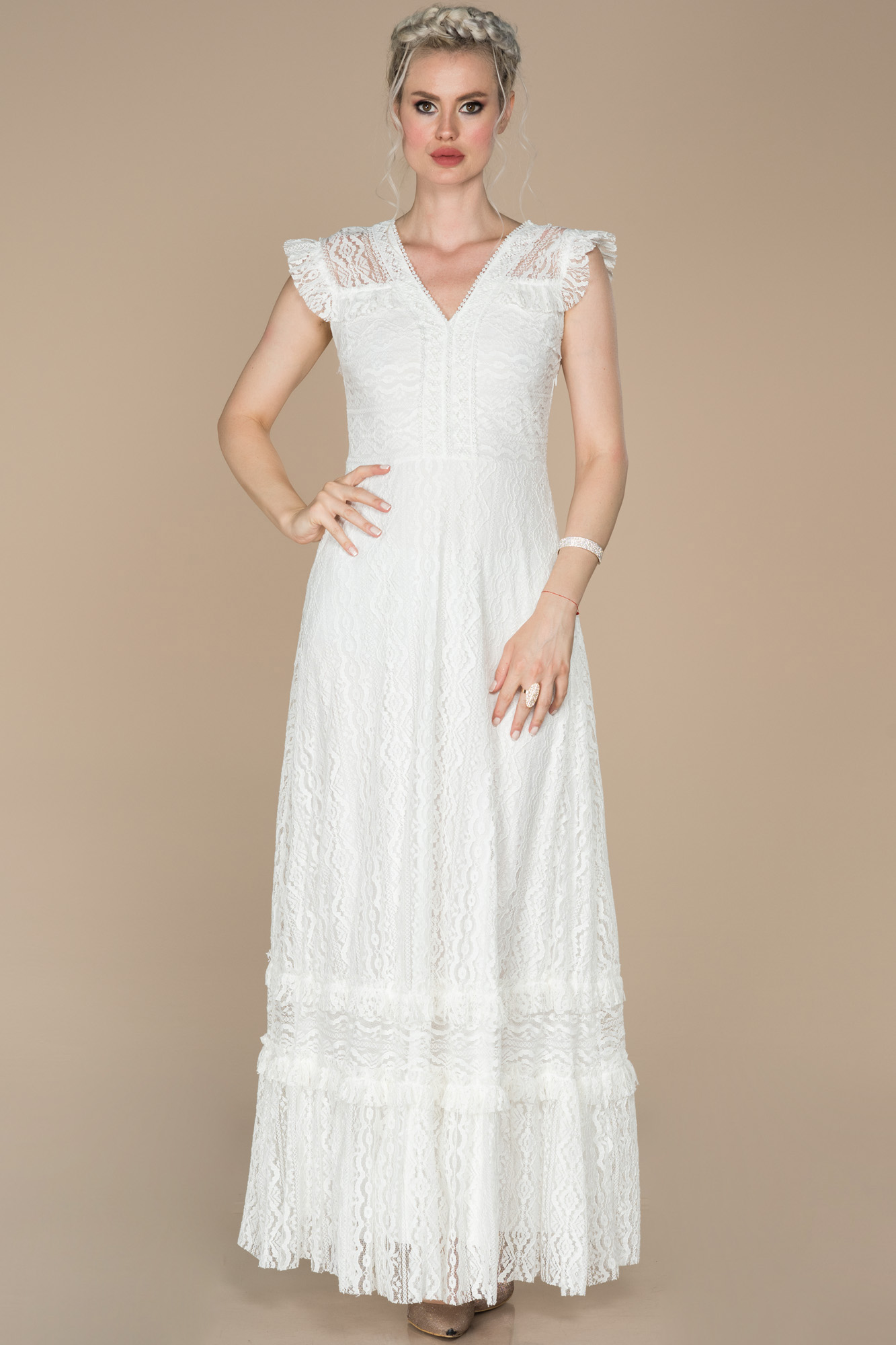 Ekru Transparan Detaylı Dantel Kumaş Abiye Elbise