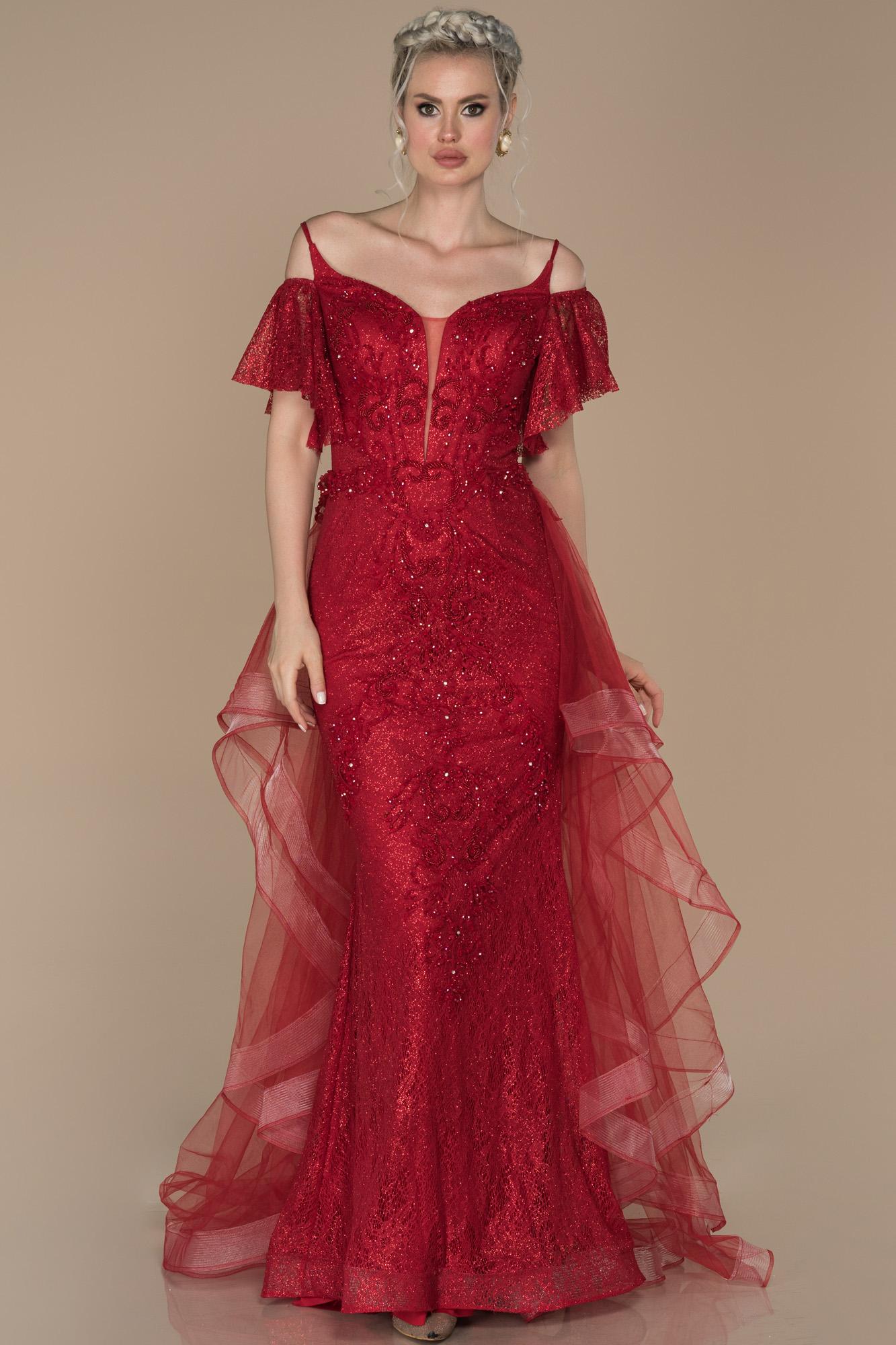 Kırmızı Kuyruk Detaylı Güpürlü Abiye Elbise