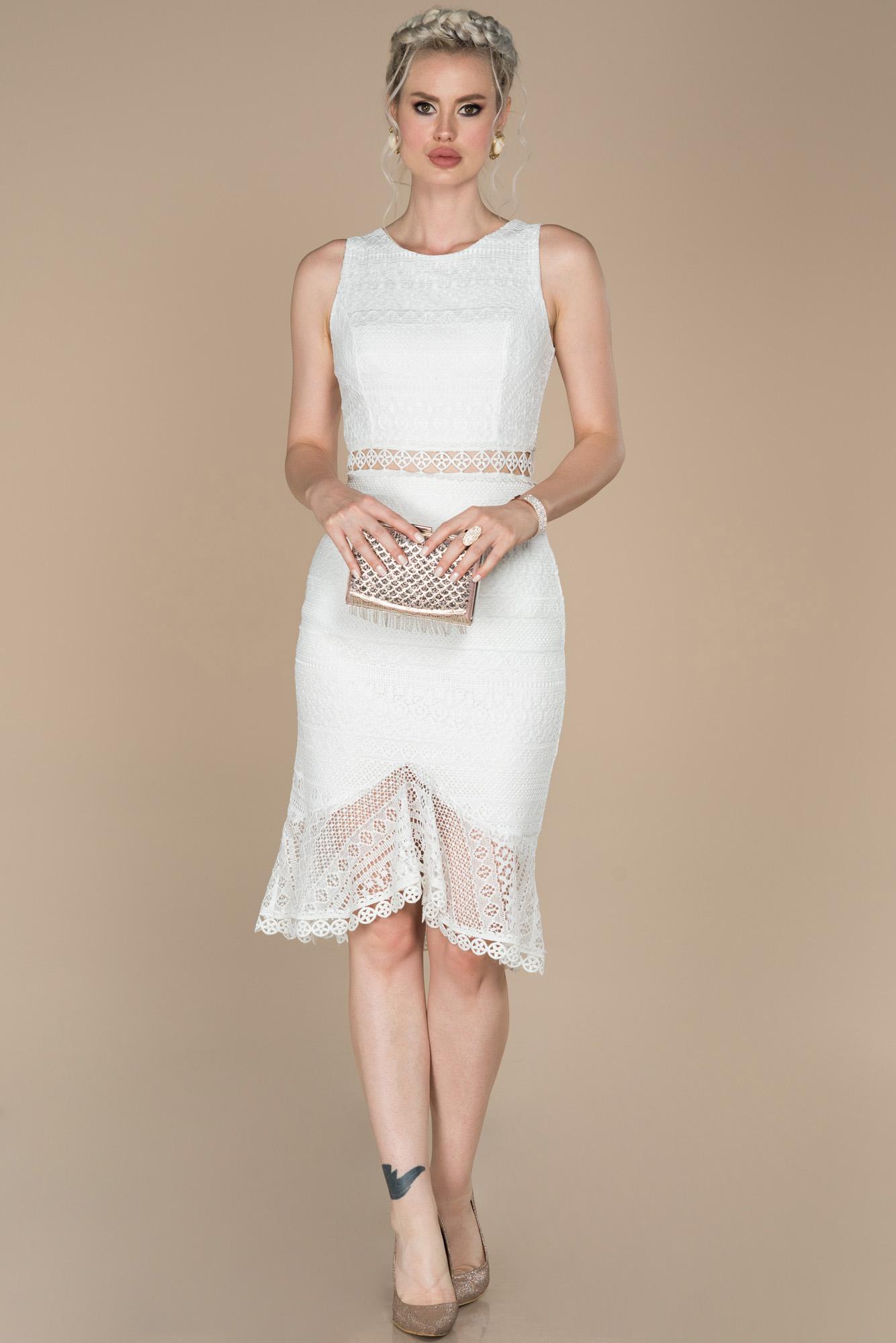 Ekru Midi Güpürlü Davet Elbisesi