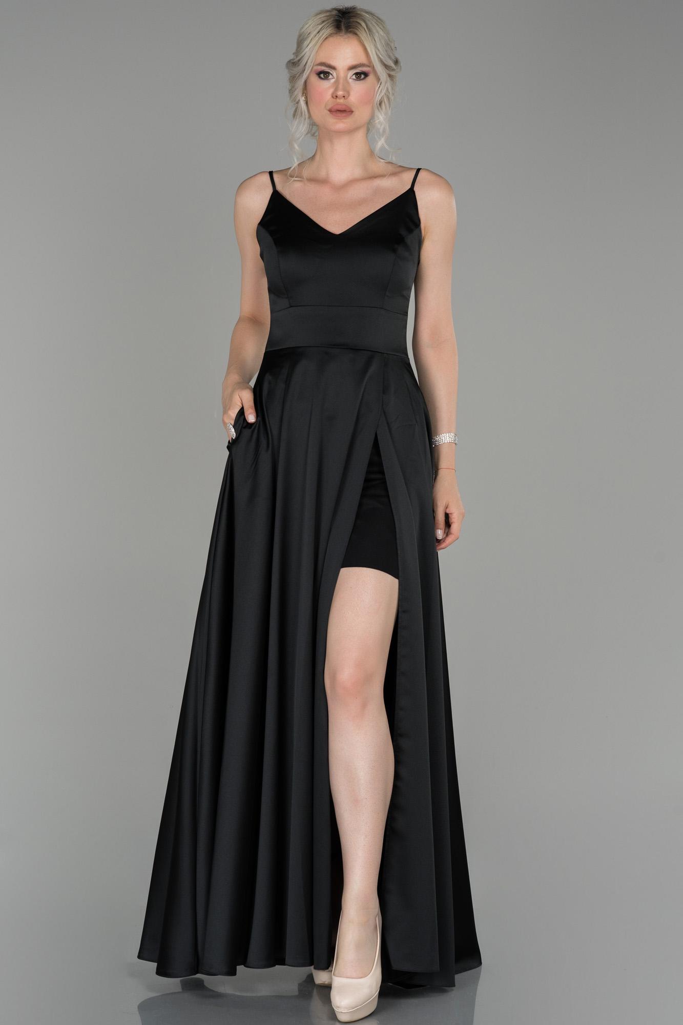 Siyah Sırt Ve Bacak Dekolteli Abiye Elbise