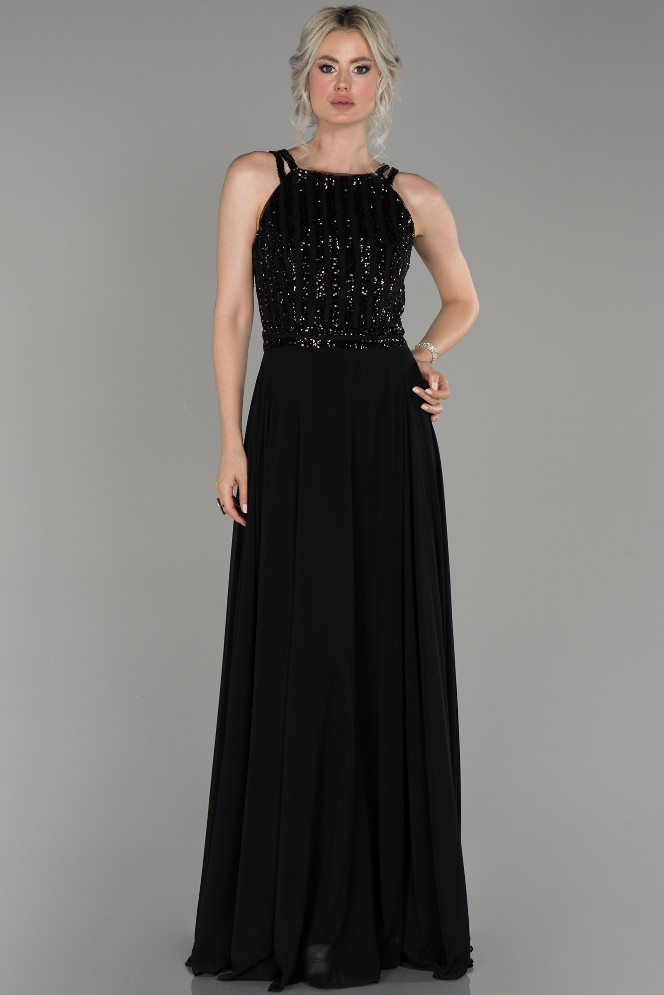 Siyah Uzun Pul Payetli Şifon Abiye Elbise