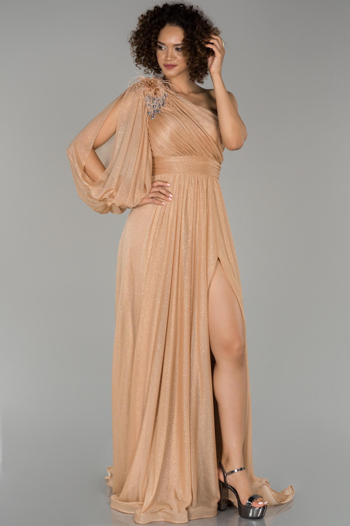 Gold Bacak Dekolteli Tek Kol Simli Abiye Elbise