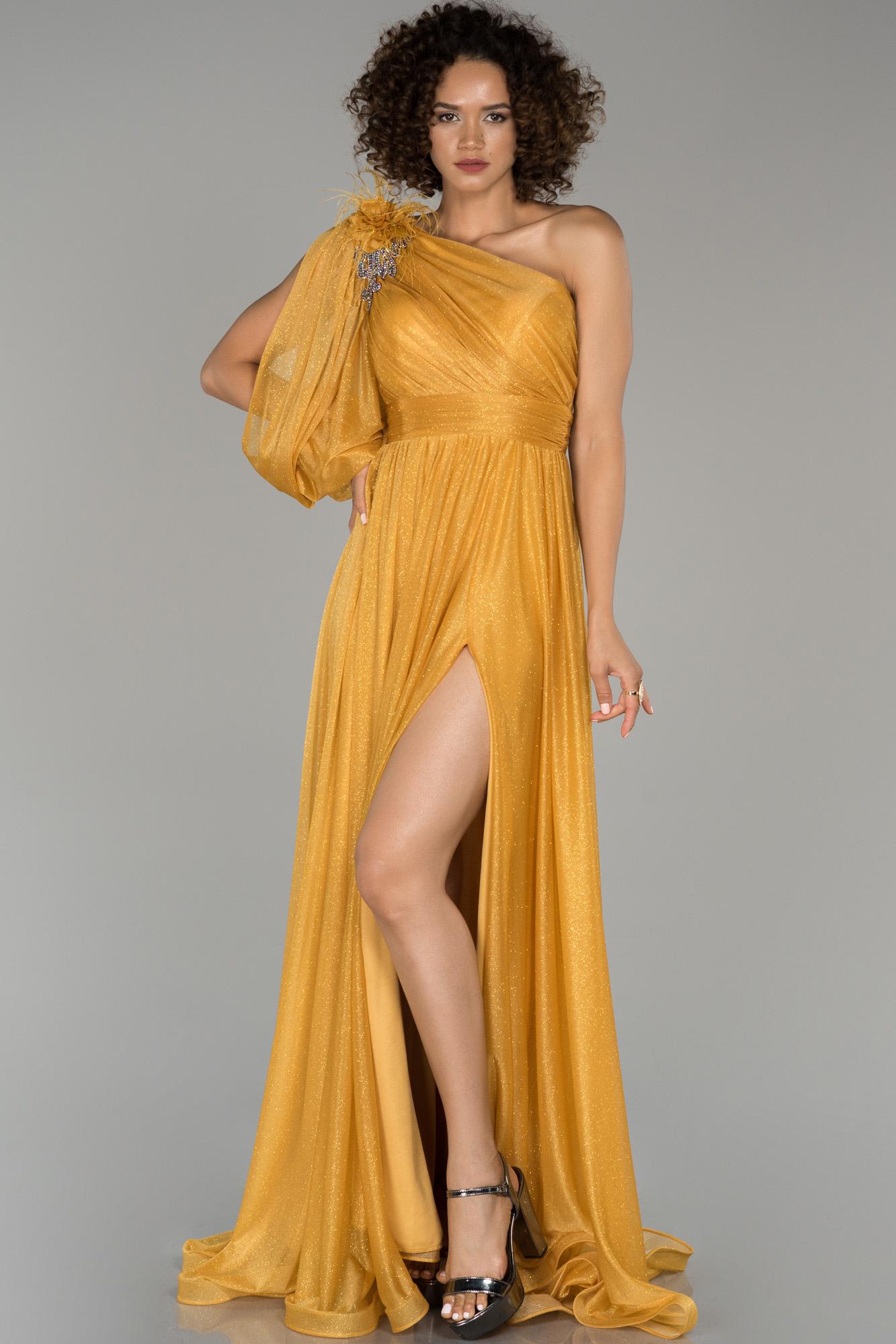 Sarı Bacak Dekolteli Tek Kol Simli Abiye Elbise
