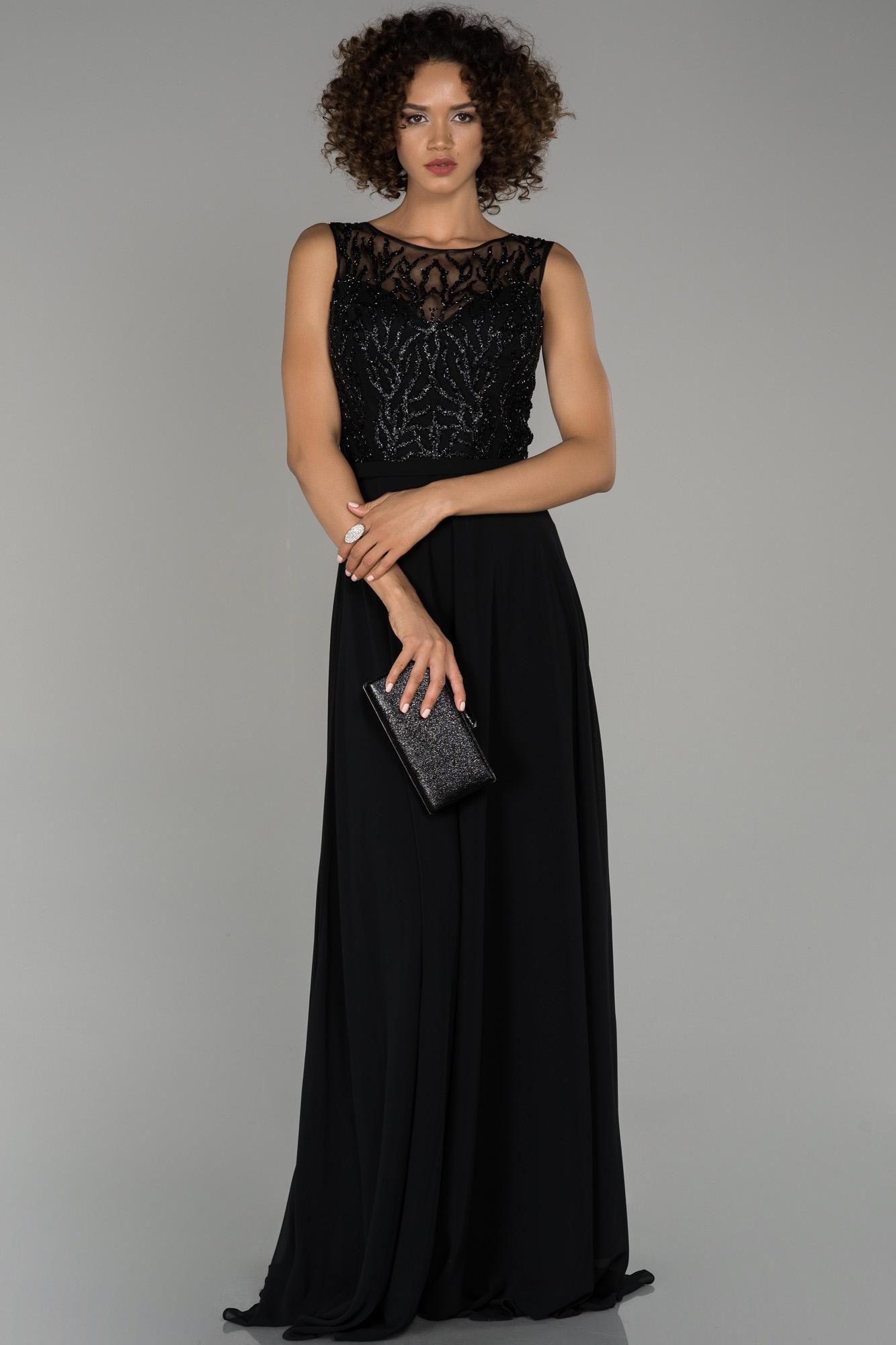 Siyah Bacak Dekolteli Taş Işlemeli Şifon Abiye Elbise