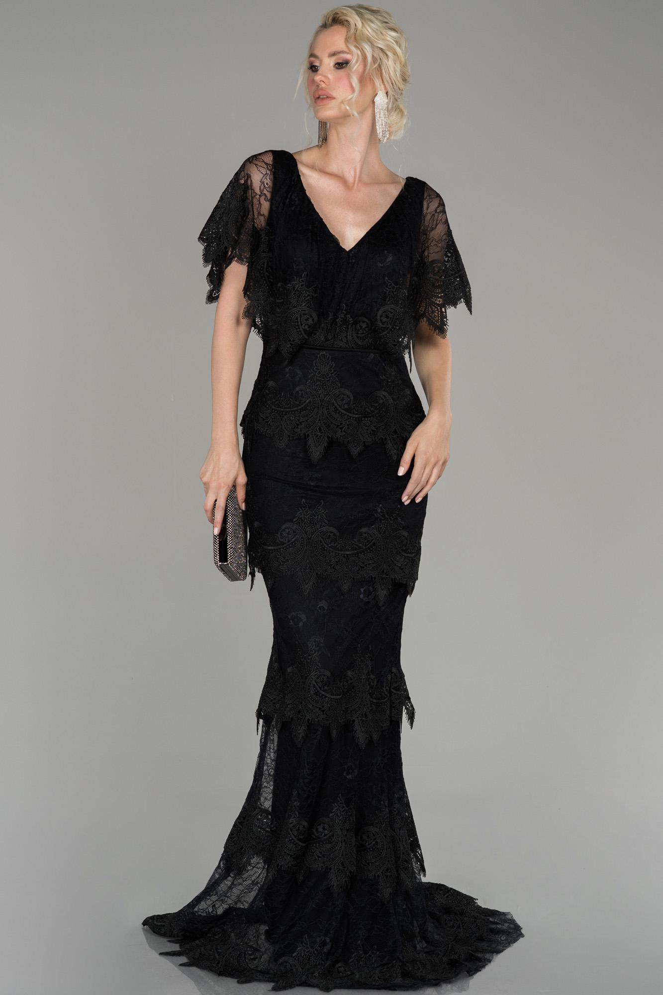 Siyah V Yaka Dantel Detaylı Balık Abiye Elbise