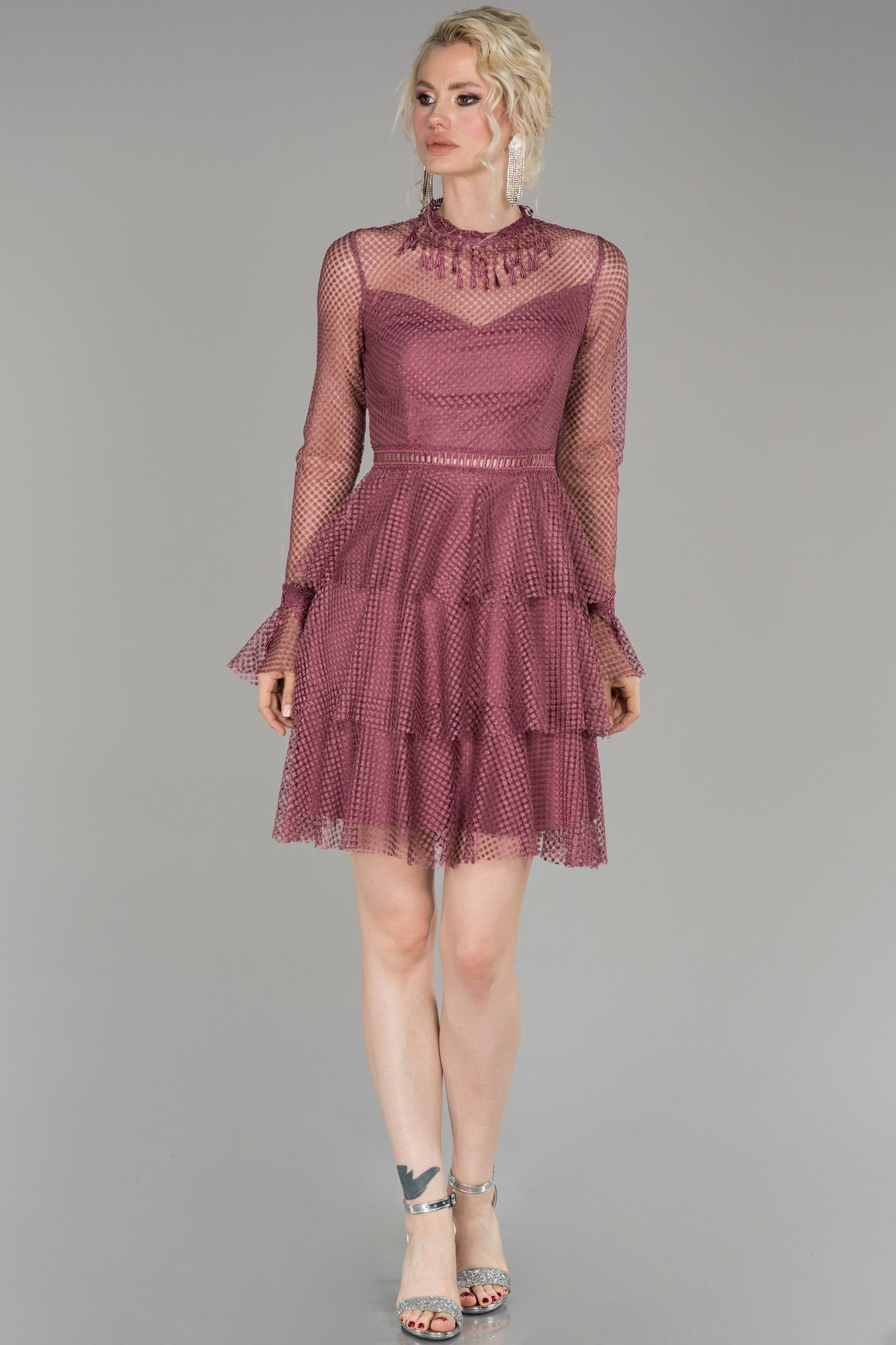 Lavanta Kısa Güpürlü Mezuniyet Elbisesi