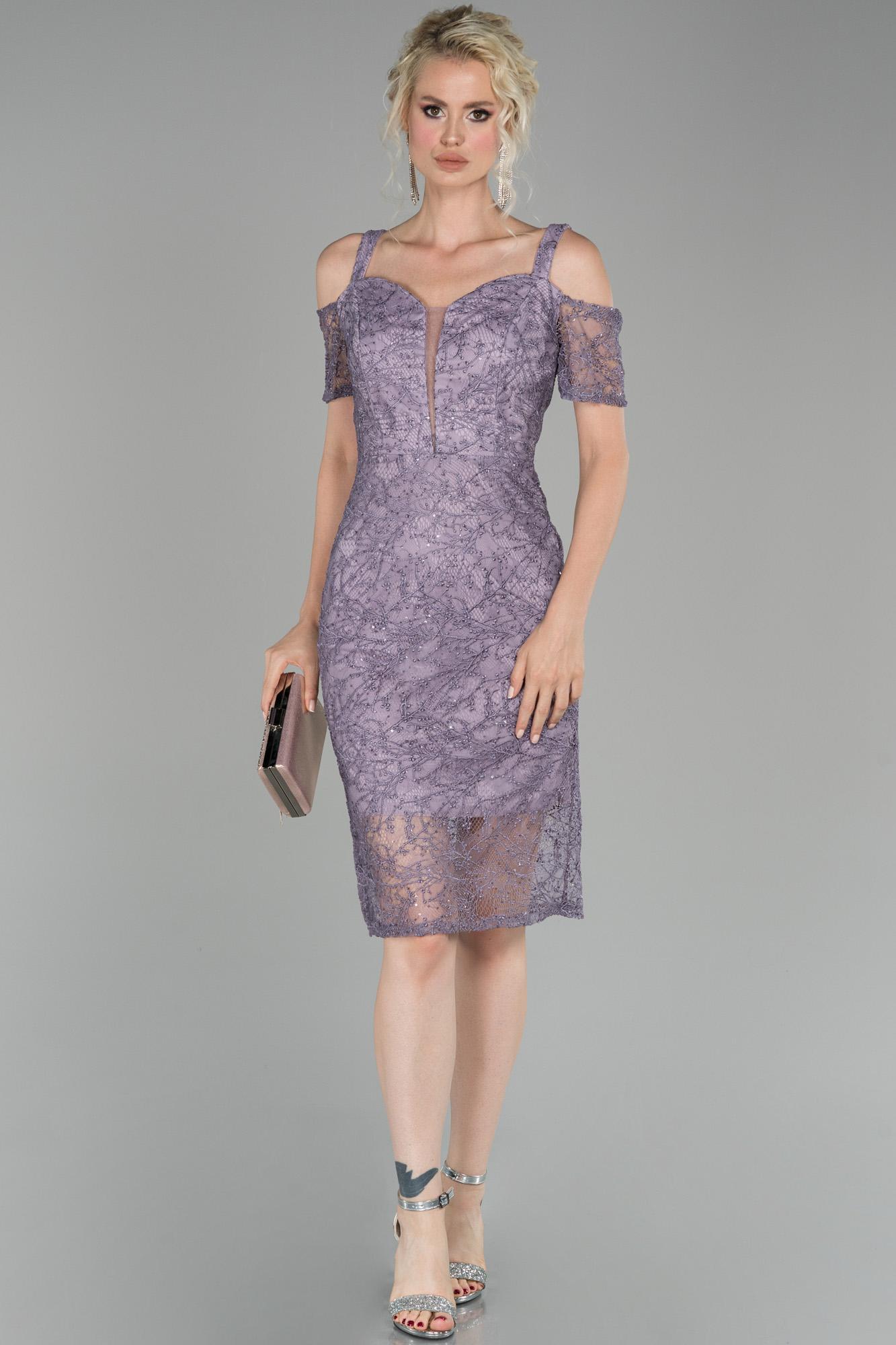 Lavanta Kısa Güpürlü Davet Elbisesi