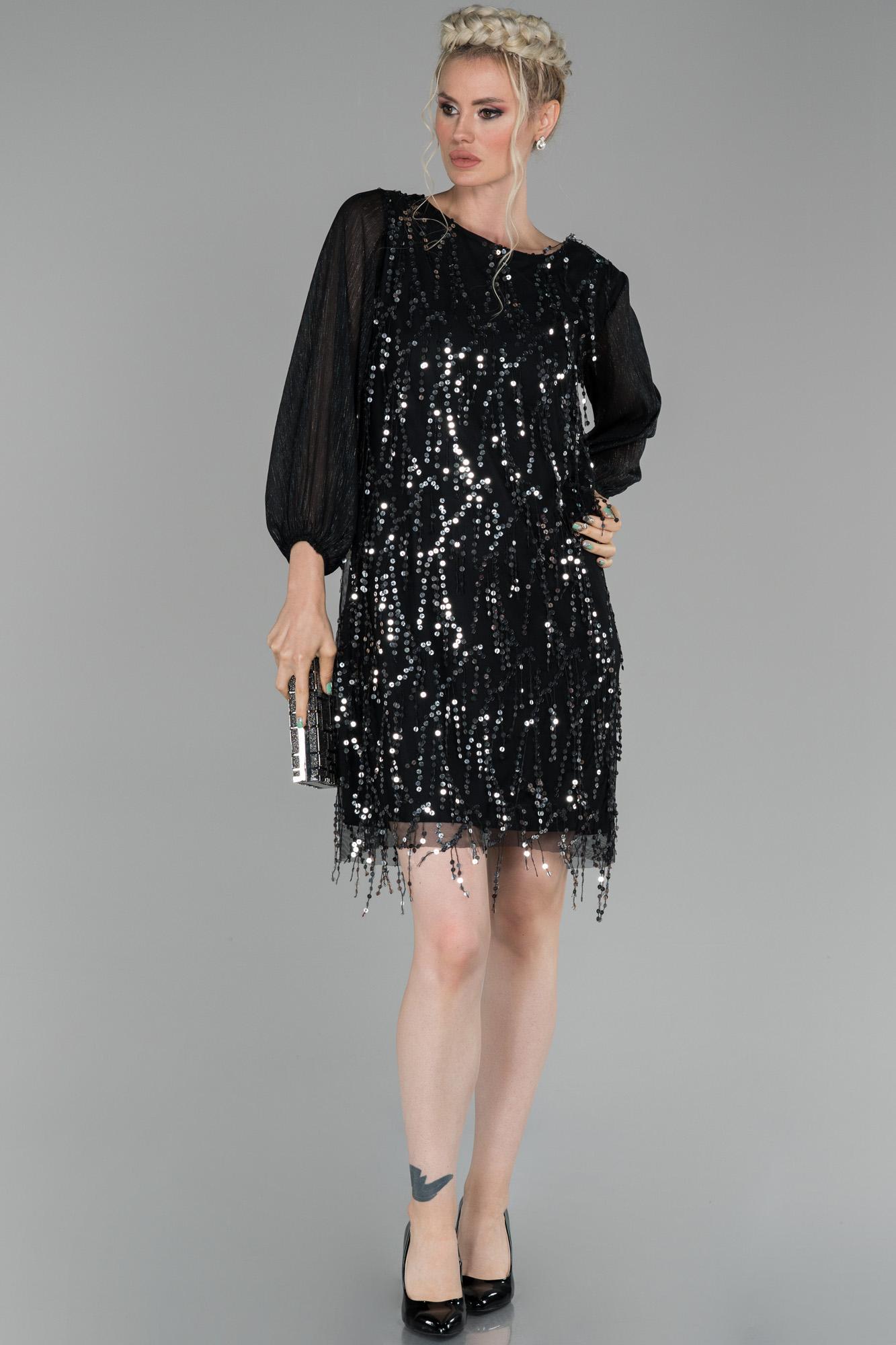 Siyah-Gümüş Mini Pul Payet Işlemeli Davet Elbisesi