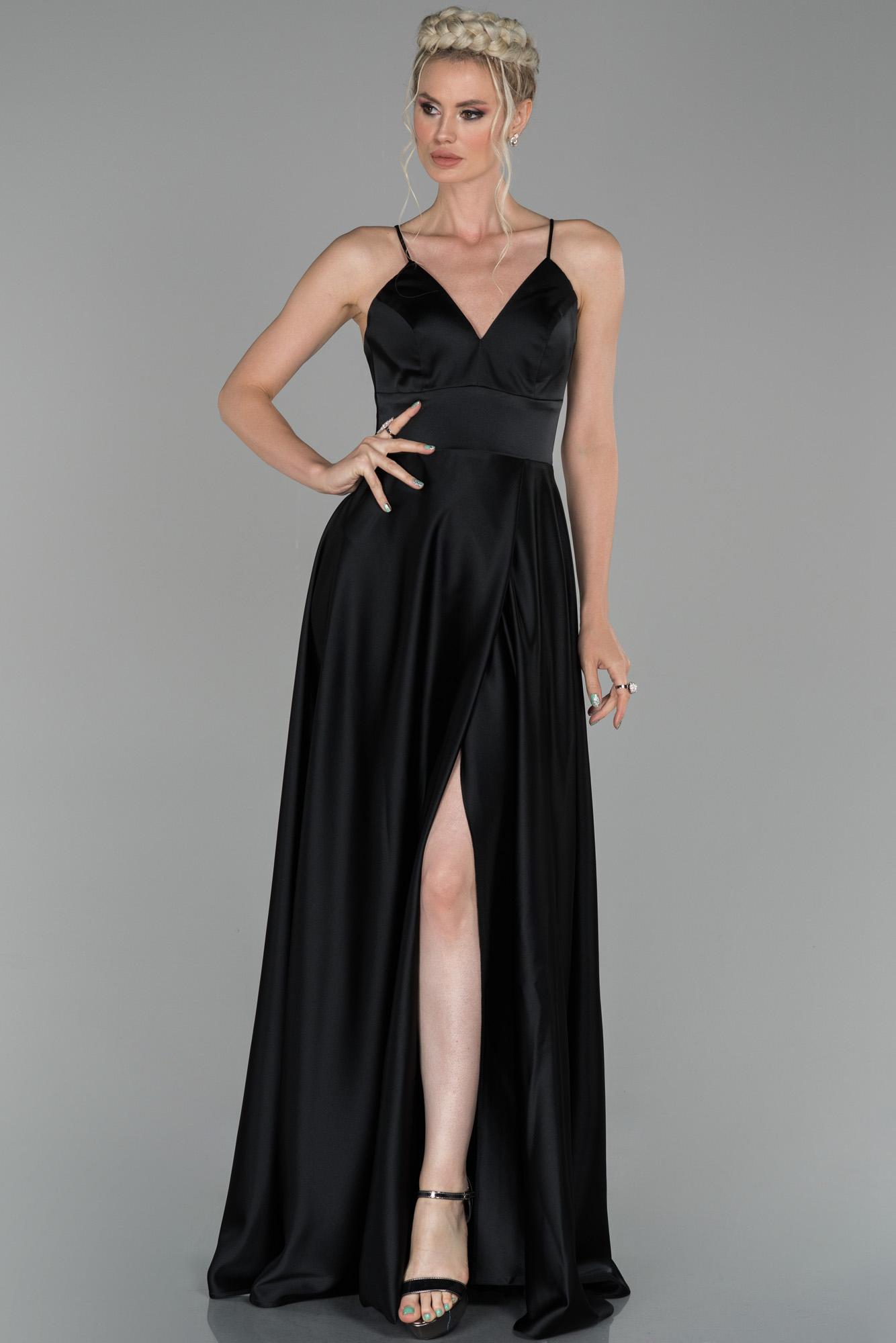 Siyah Uzun Bacak Ve Sırt Dekolteli Abiye Elbise