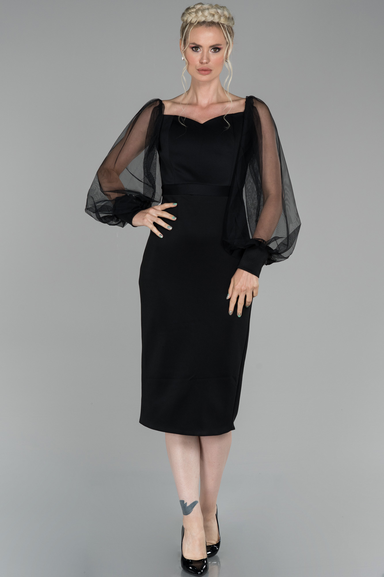 Siyah Midi Balon Kol Kalp Yaka Davet Elbisesi