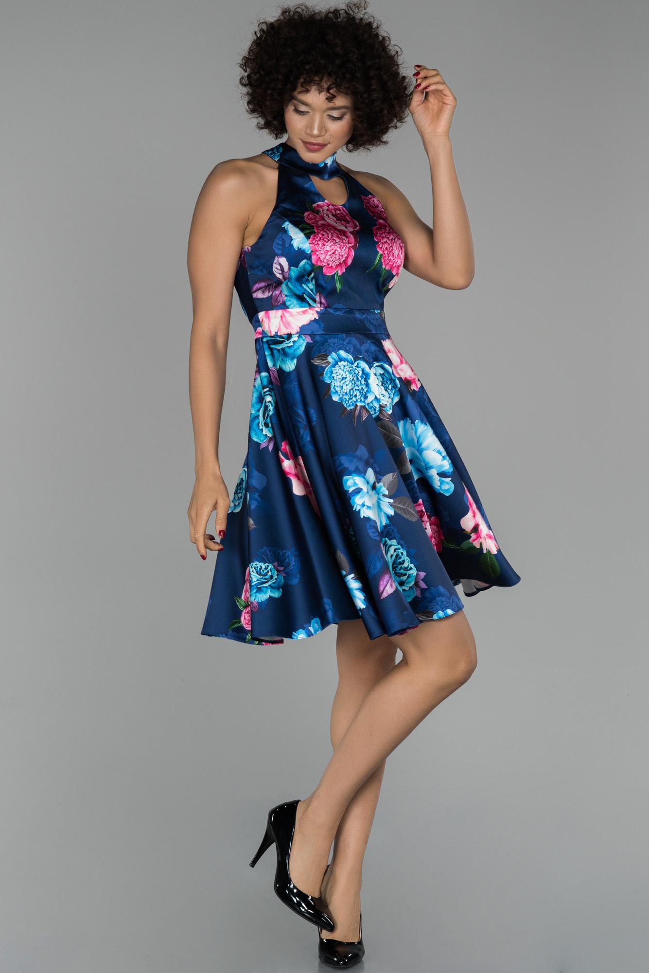 Lacivert Sırt Dekolteli Çiçekli Mezuniyet Elbisesi
