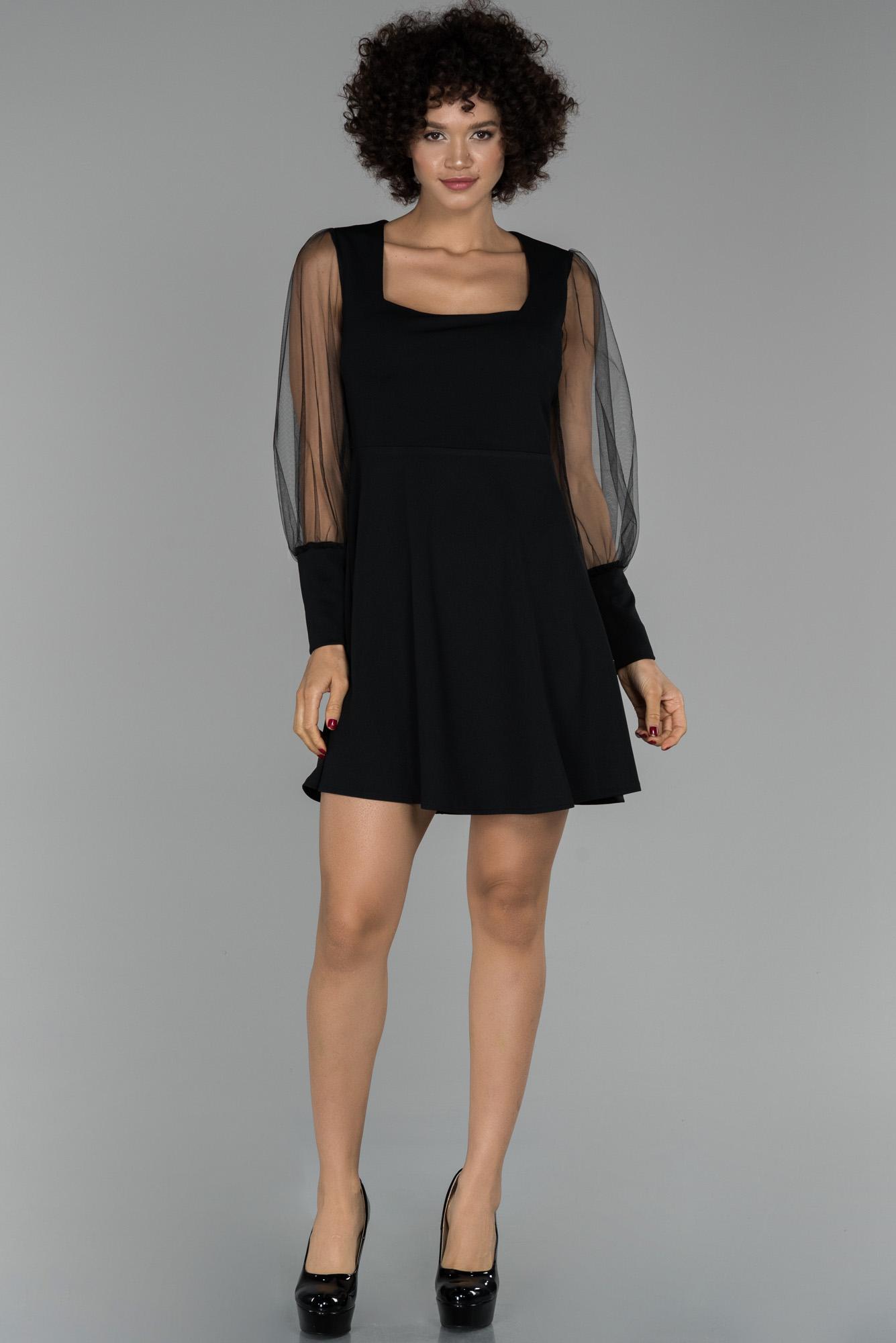 Siyah Mini Balon Kol Kare Yaka Davet Elbisesi