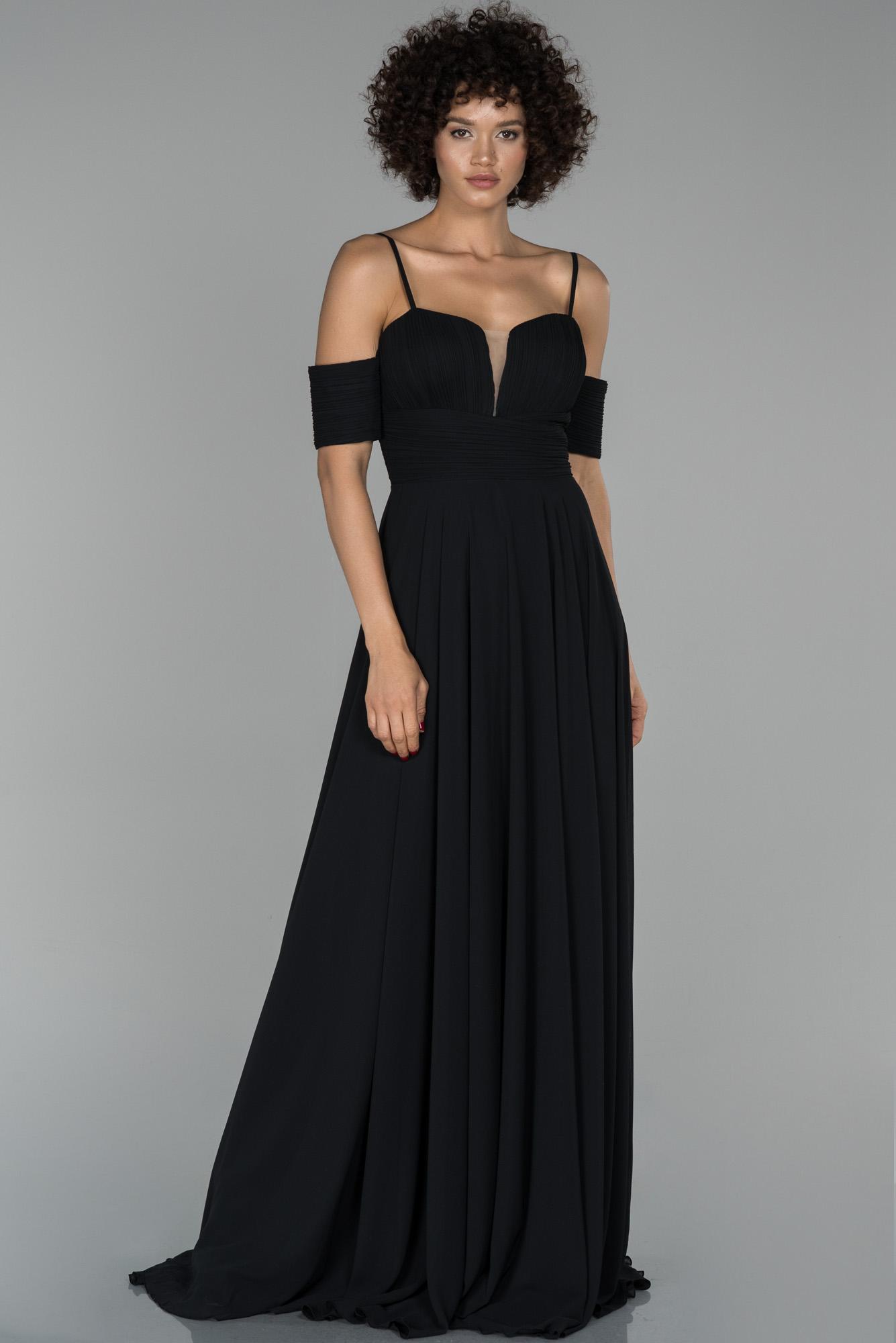Siyah Uzun Kol Detaylı Şifon Abiye Elbise