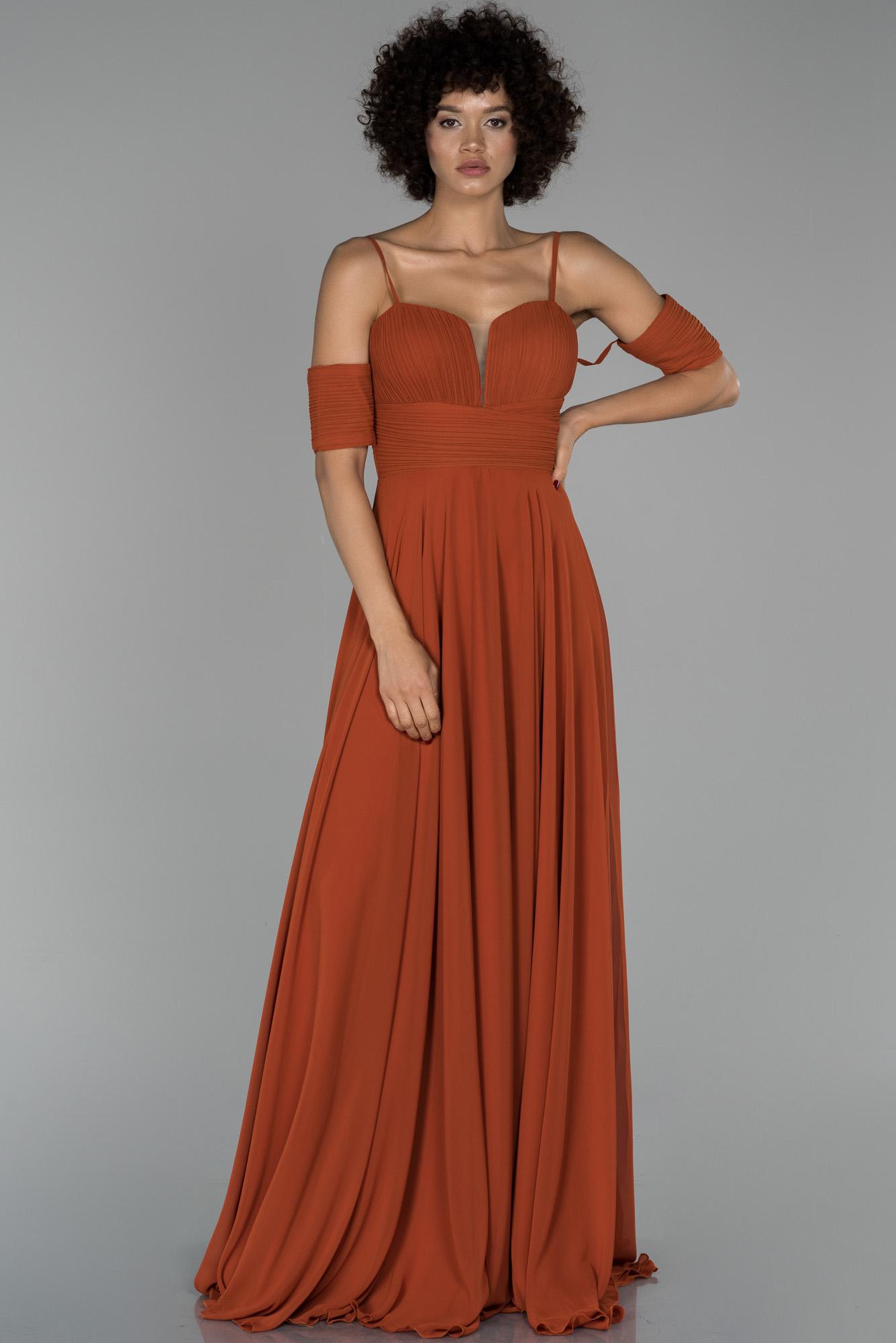Tarçın Uzun Kol Detaylı Şifon Abiye Elbise