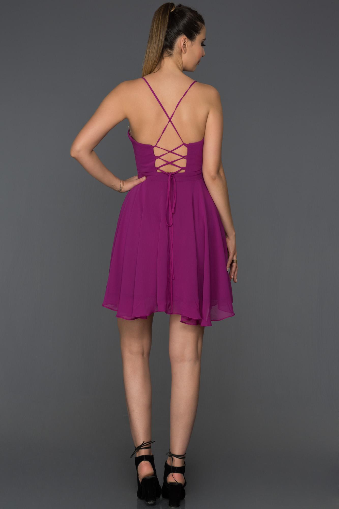 Mor Sırt Dekolteli Şifon Elbise