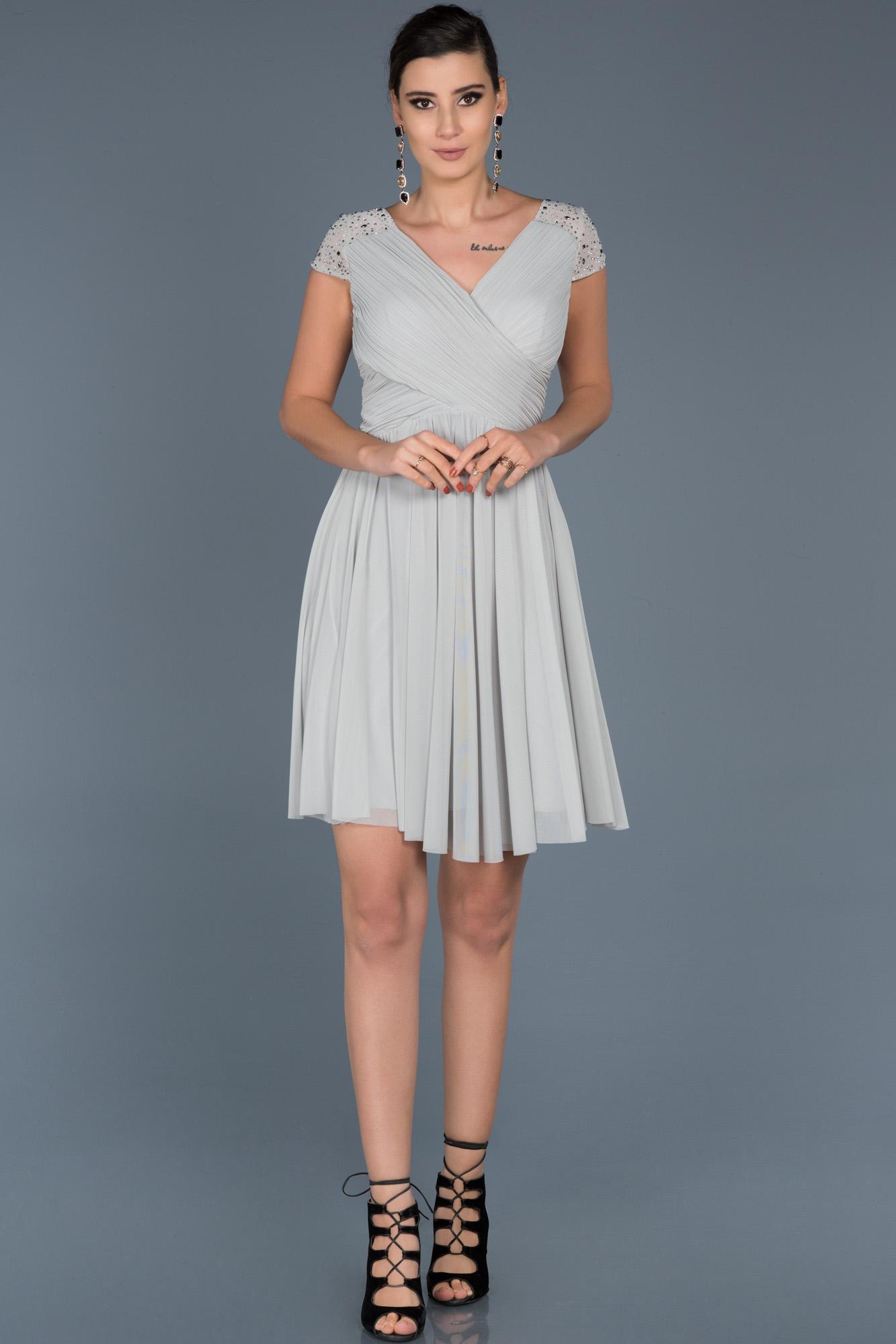 Gri V Yaka Şifon Elbise
