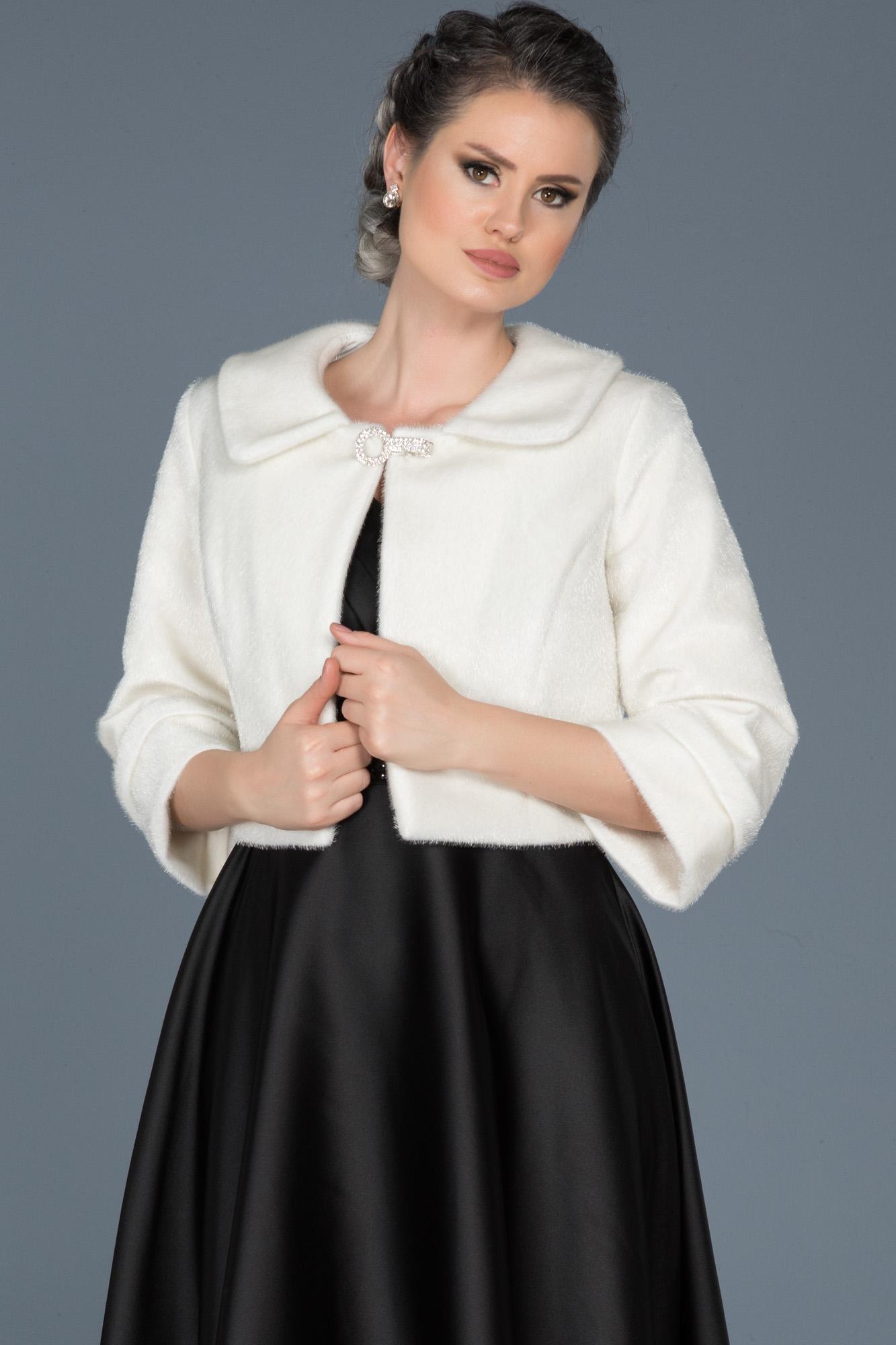 Beyaz Kürklü Abiye Ceket