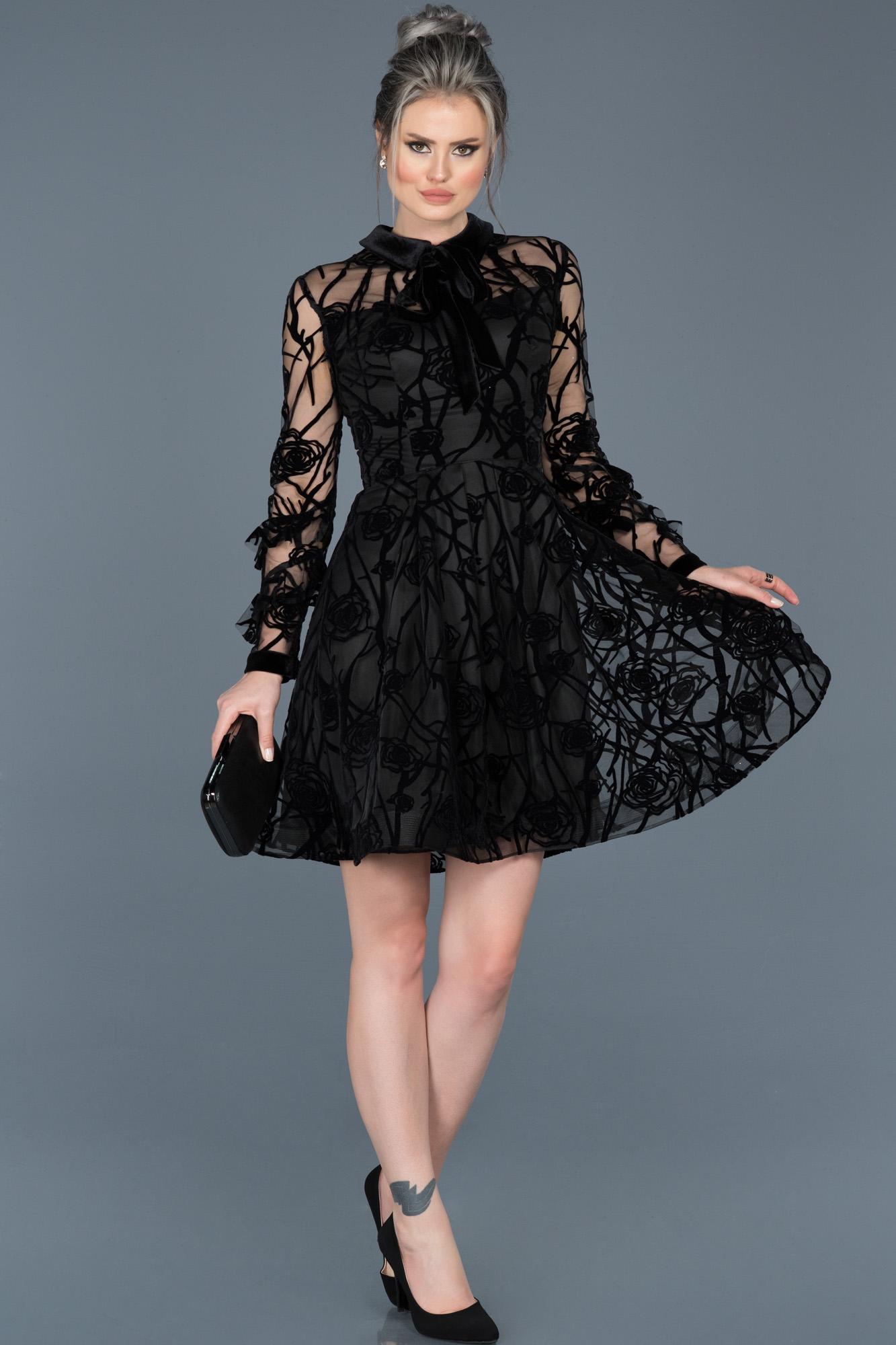 Siyah Kendinden Desenli Uzun Kollu Kadife Elbise